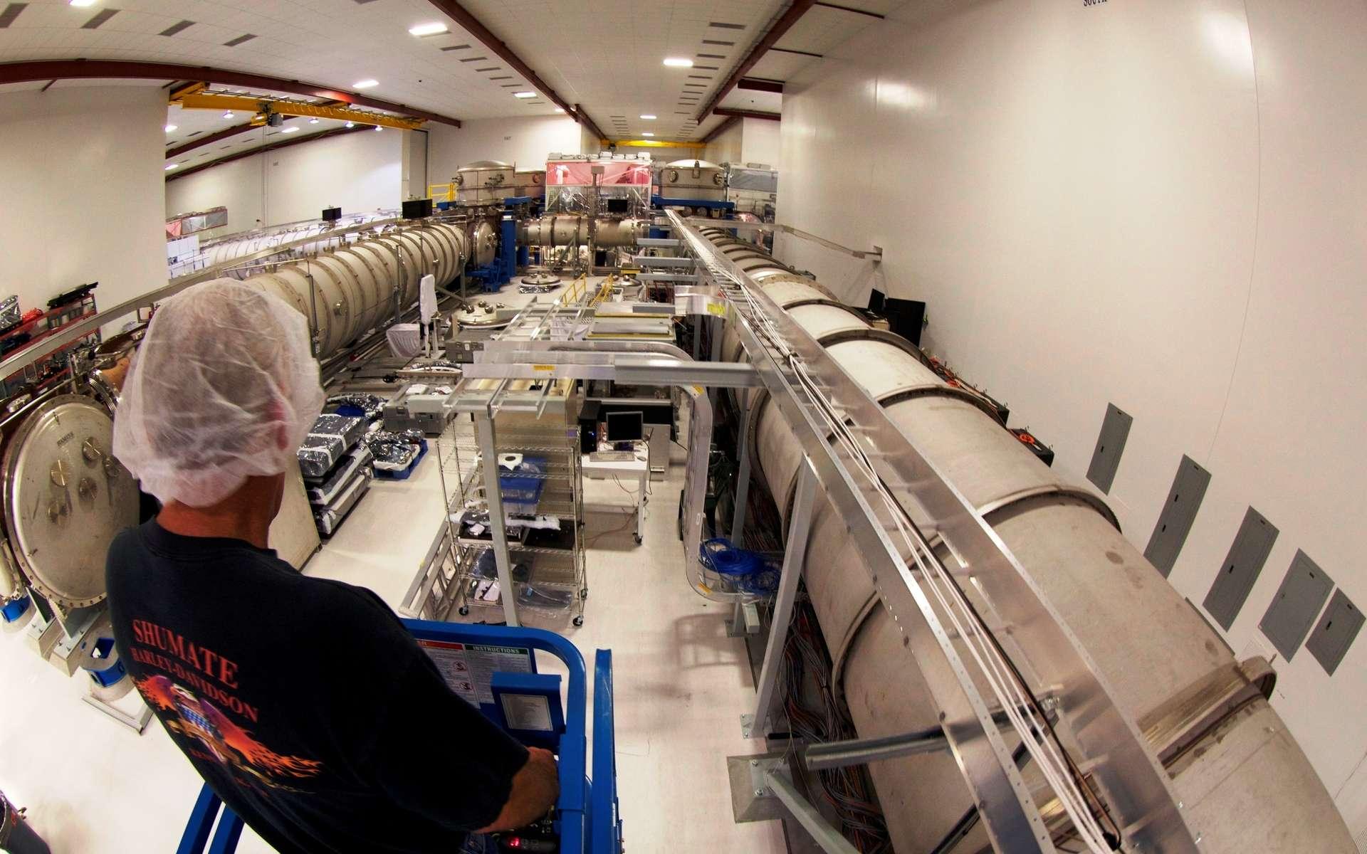 Une vue de l'intérieur d'un des détecteurs de Ligo. © Caltech MIT, LIGO Laboratory