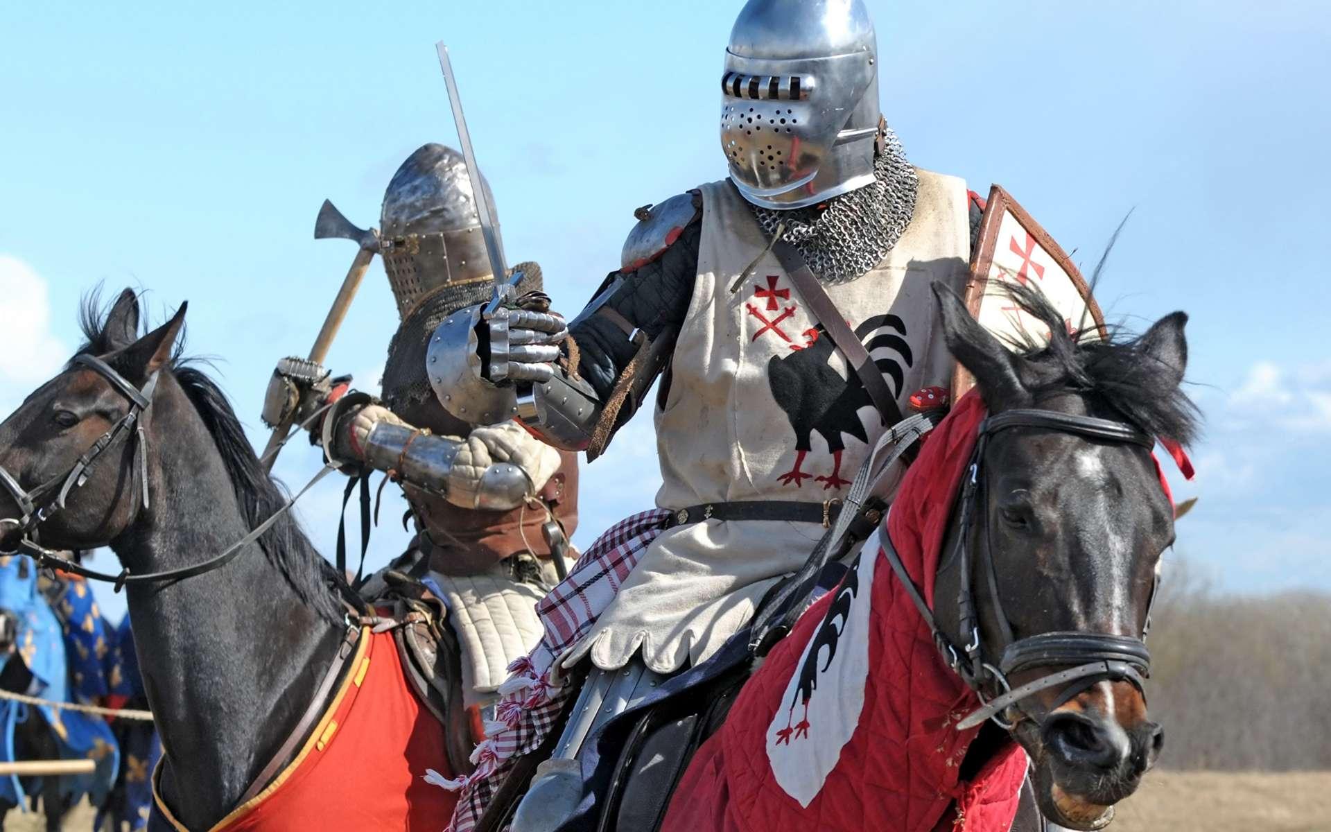 L'équipement du chevalier au Moyen Âge est à la fois coûteux et imposant. © Google Images