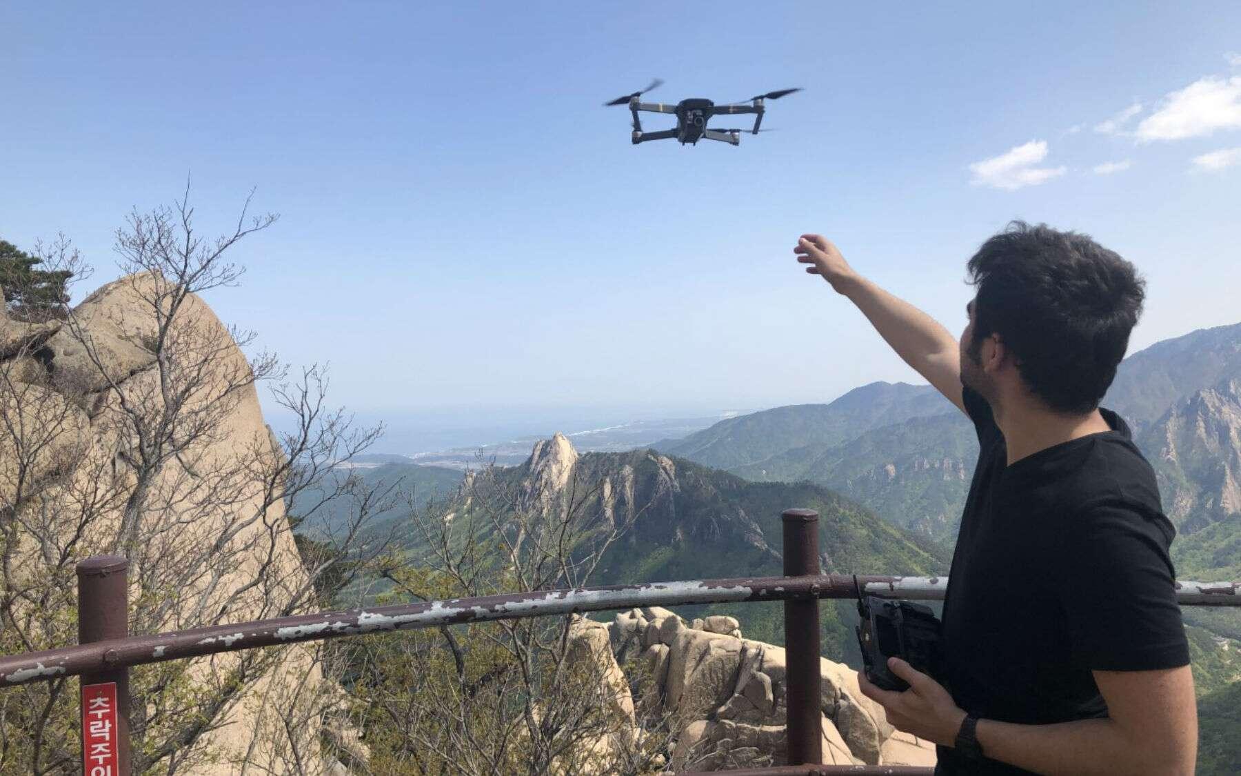 David Bocarra, étudiant à l'école d'ingénieur ESME Sudria, se passionne pour les drones et l'impression 3D. © David Boccara