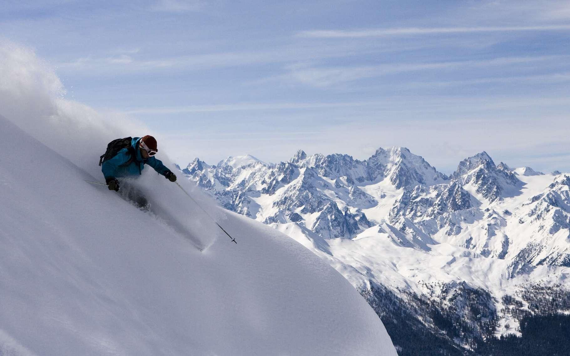 Le ski hors-piste n'est pas sans danger ! © jancsi hadik, Fotolia