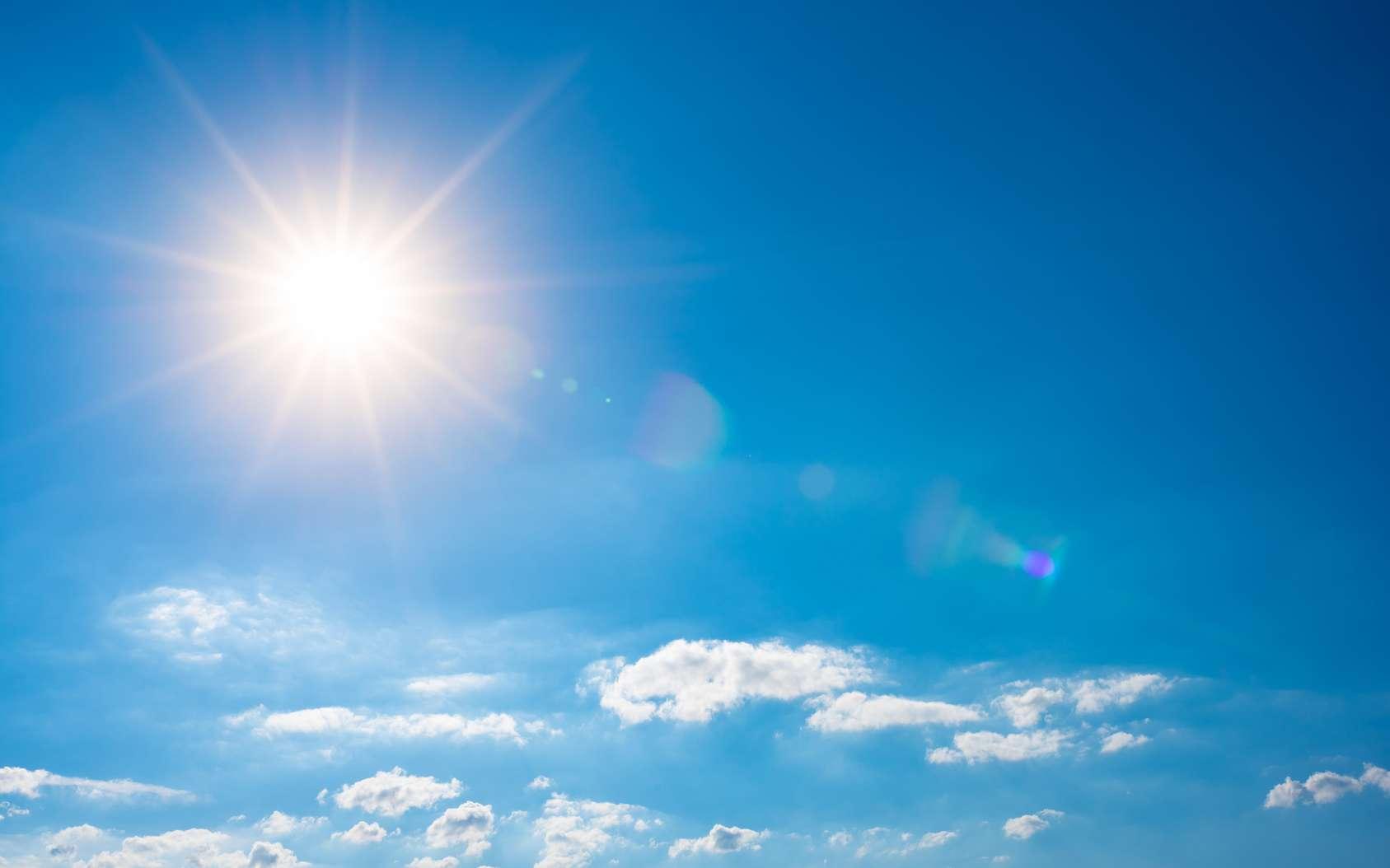 Le Soleil brille depuis quatre milliards et demi d'années. Comment produit-il tout cette lumière ? © John Smith, fotolia