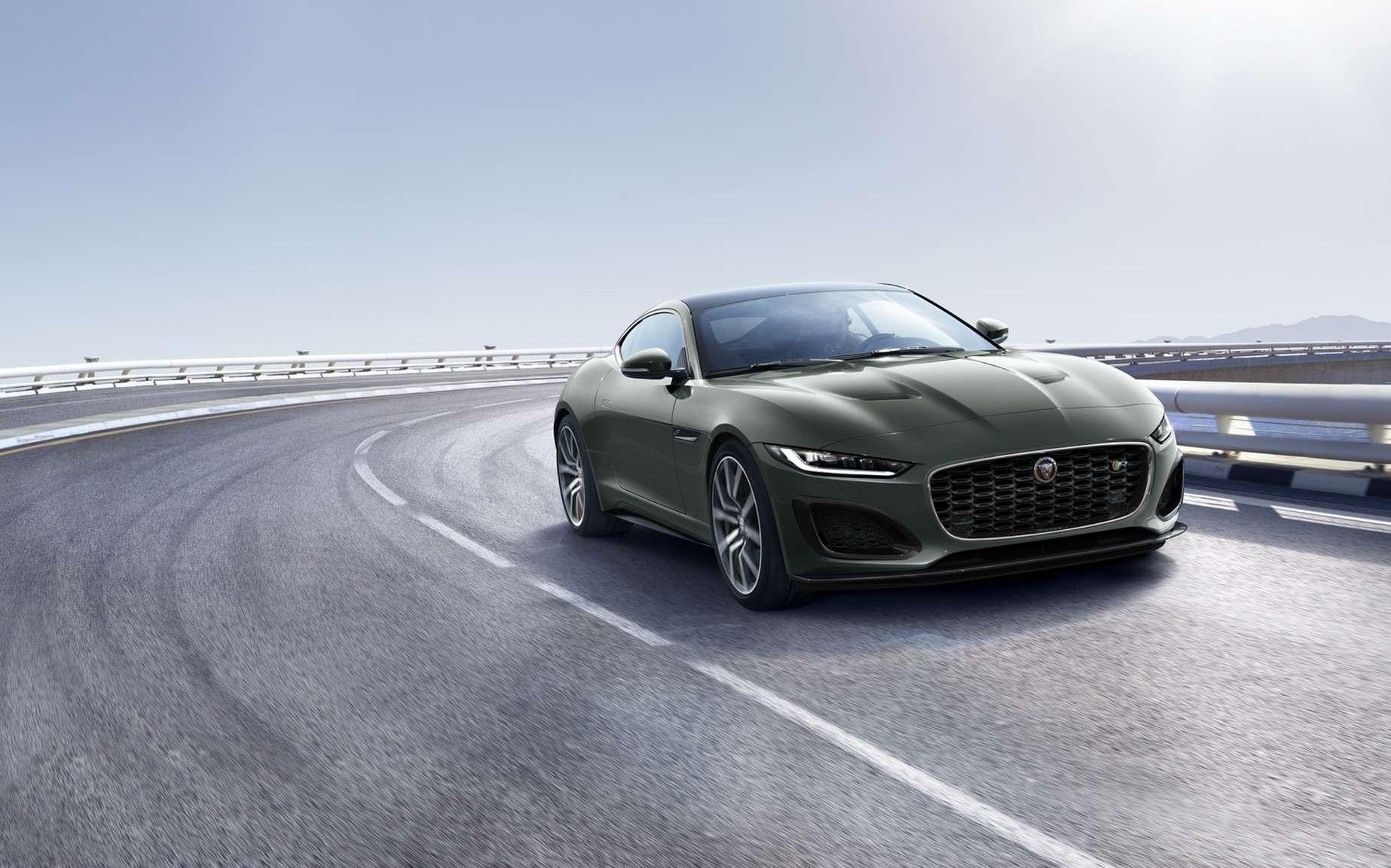 Jaguar s'apprêt à tourner définitivement la page du moteur thermique. © Jaguar Land Rover