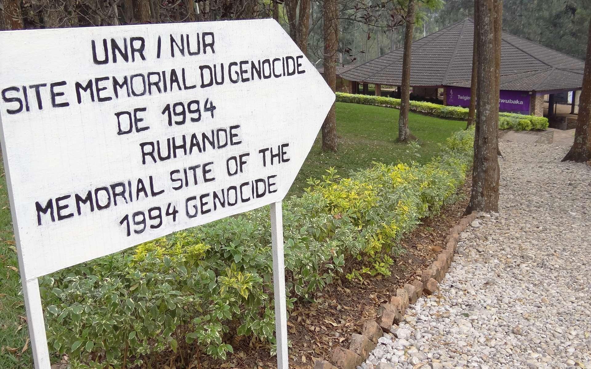 Site mémoriel du génocide au Rwanda. Cet épisode de la guerre civile a fait plusieurs centaines de milliers de victimes. © Adam Jones, Wikimedia Commons, cc by sa 3.0