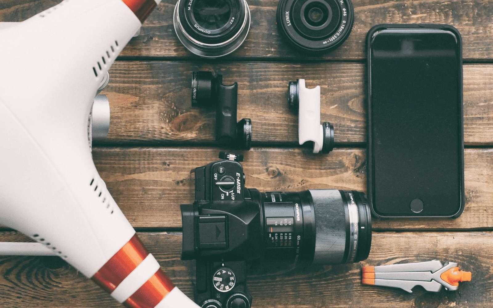 Cdiscount lance ses meilleurs bons plans high tech des soldes ce week end. © Pixabay