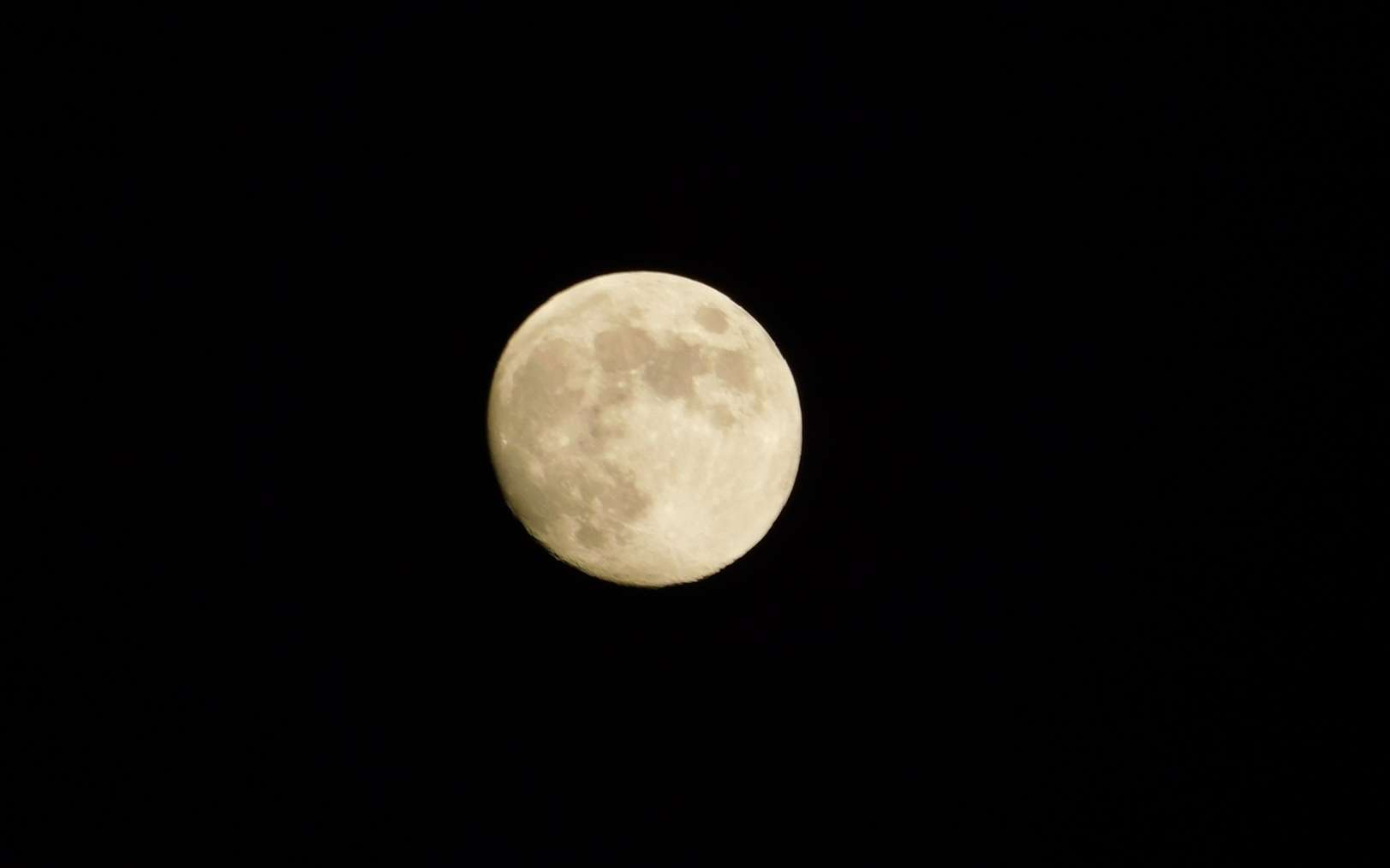 La Pleine Lune est le meilleur moment pour observer les systèmes rayonnants autour de grands cratères d'impact comme Tycho et Copernic. © Paolo, Fotolia