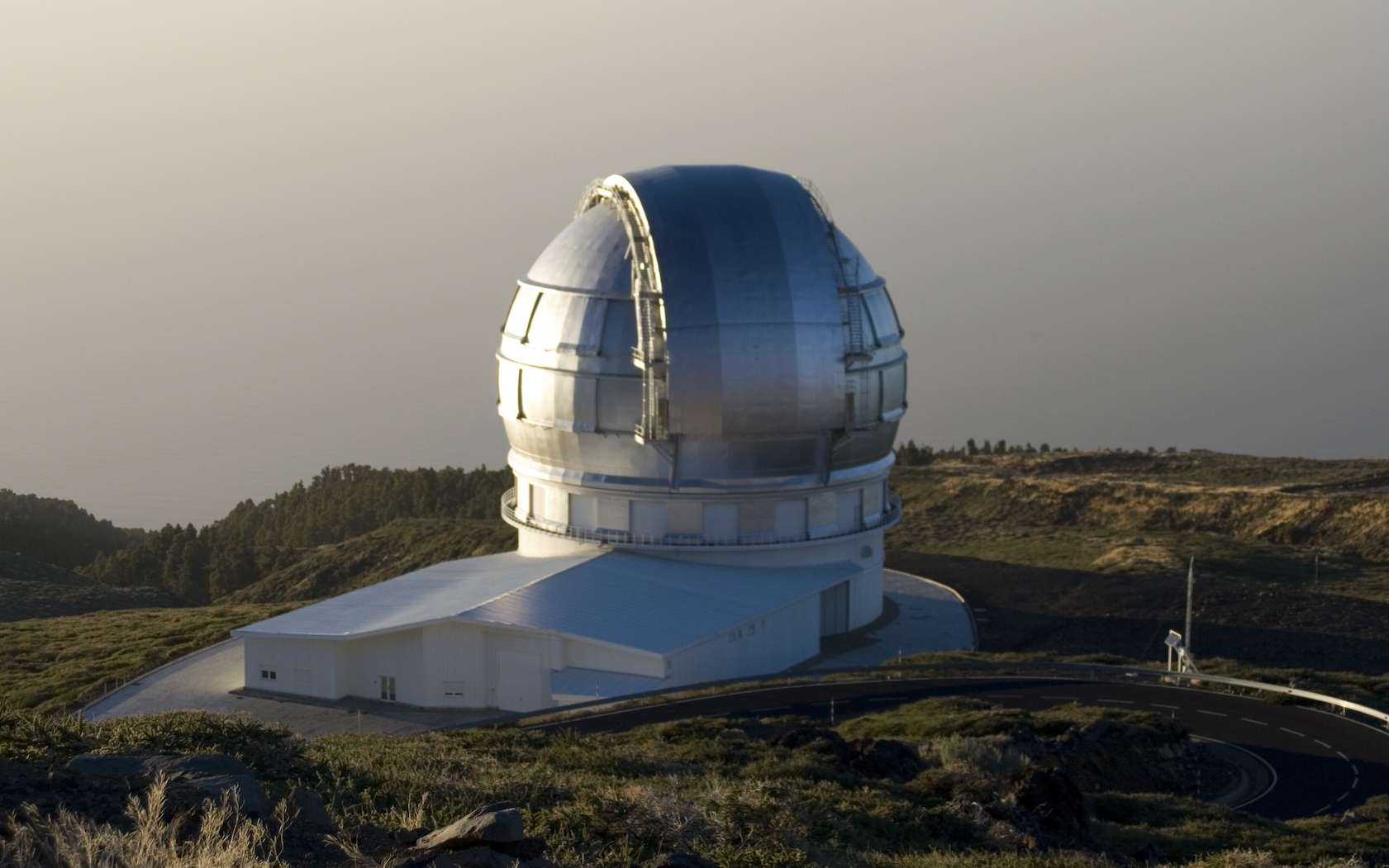 La coupole abritant le Grand télescope des Canaries. © Wikimedia, Creative Commons asa 3.0