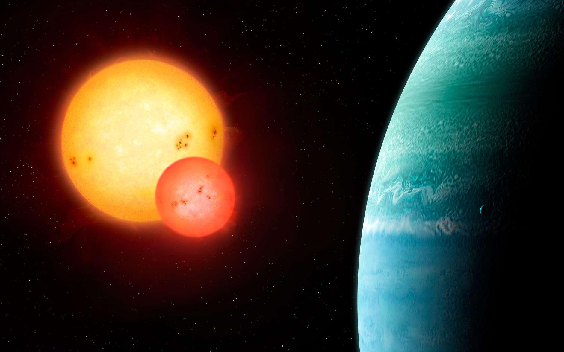 Illustration de la planète gazeuse Kepler-453b, la dixième « Tatooine » découverte ou planète « circumbinaire ». La plus grosse des deux étoiles a presque la même masse que notre Soleil. Ce système, découvert par transit avec le satellite Kepler, est à 1.400 années-lumière de la Terre. © Mark Garlick