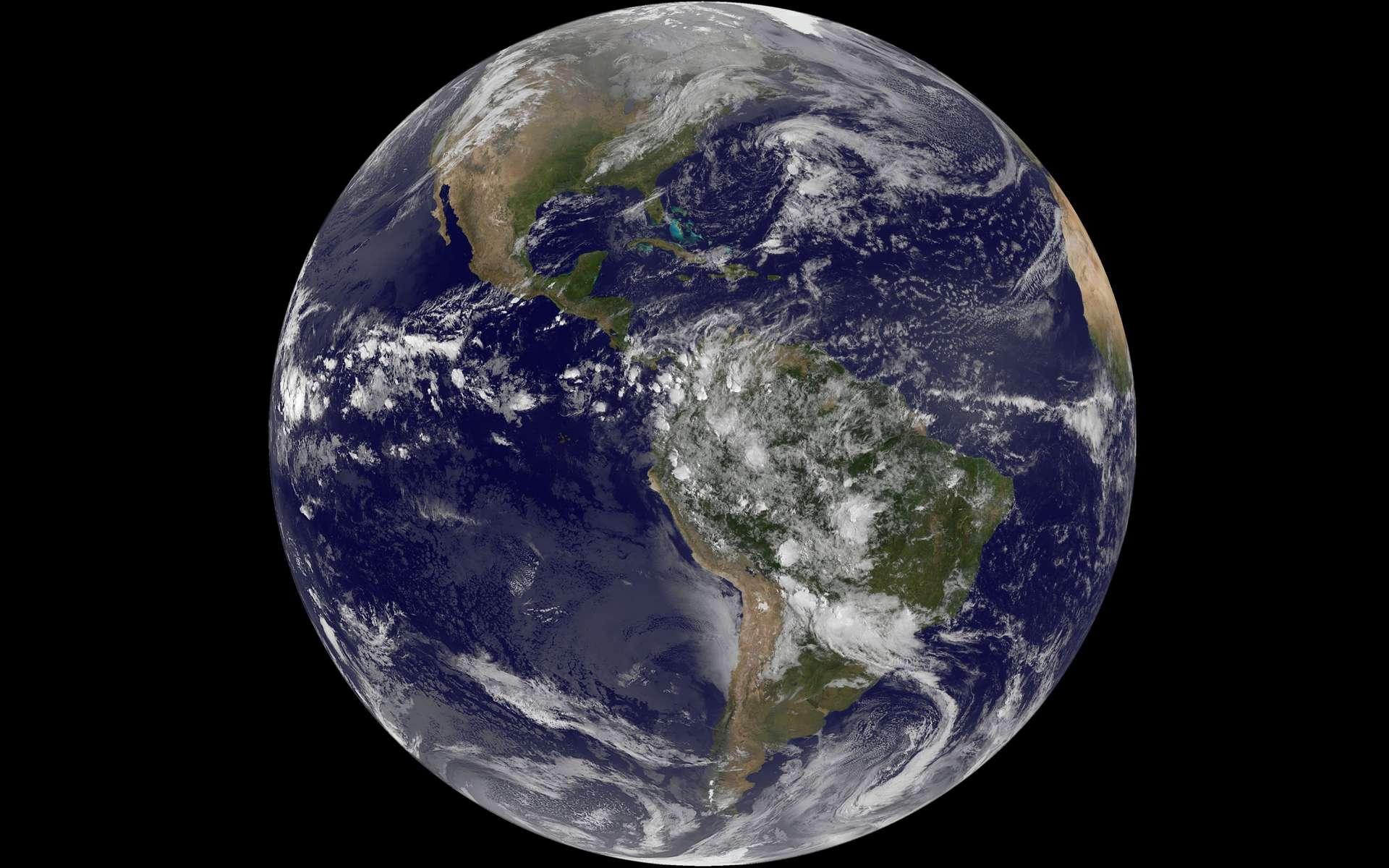 Quiz : la planète Terre © NASA/NOAA/GOES