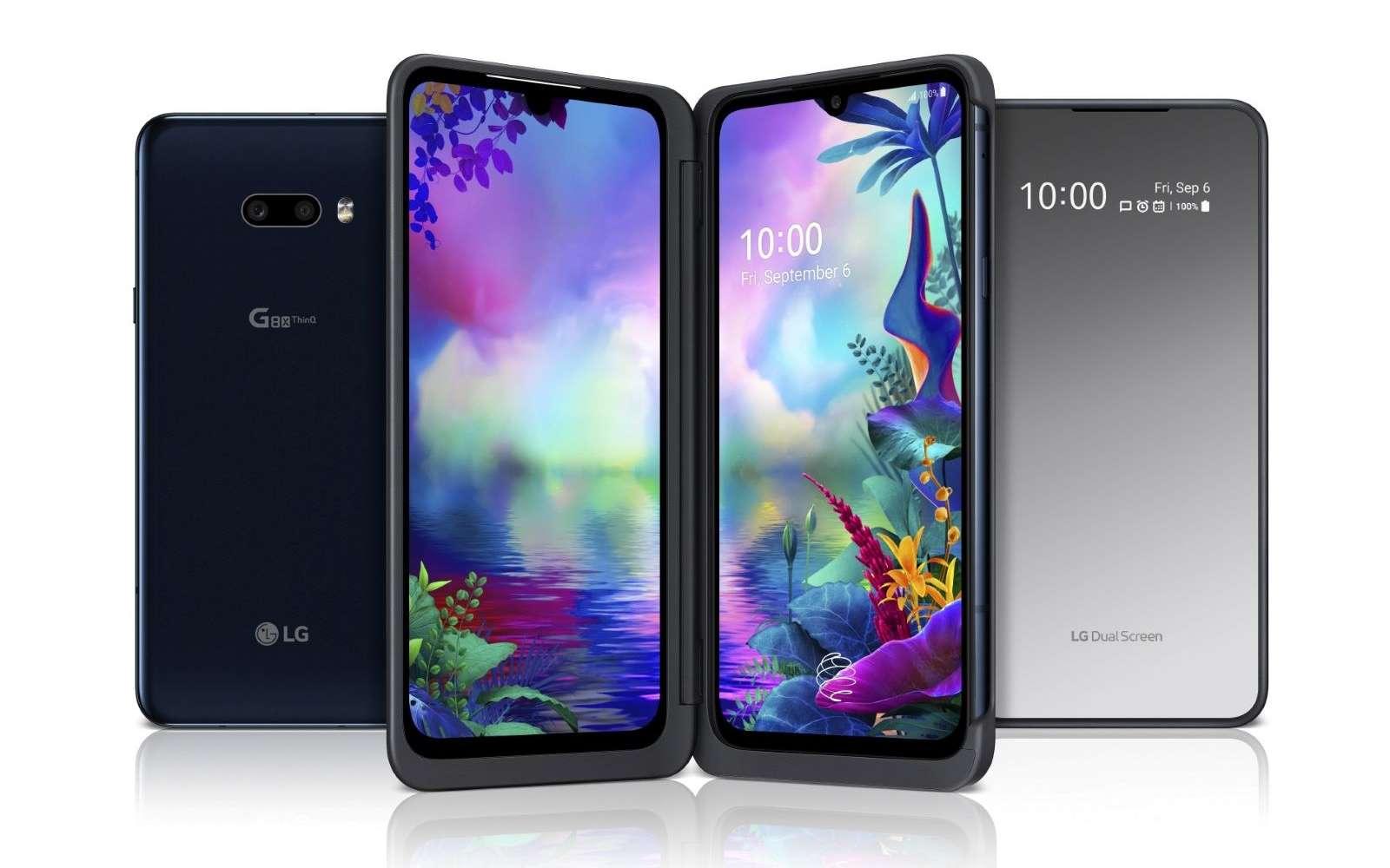 Grâce au deuxième écran, on peut par exemple utiliser le smartphone de manière horizontale pour jouer ou de manière verticale pour accroître la surface de l'image. © LG