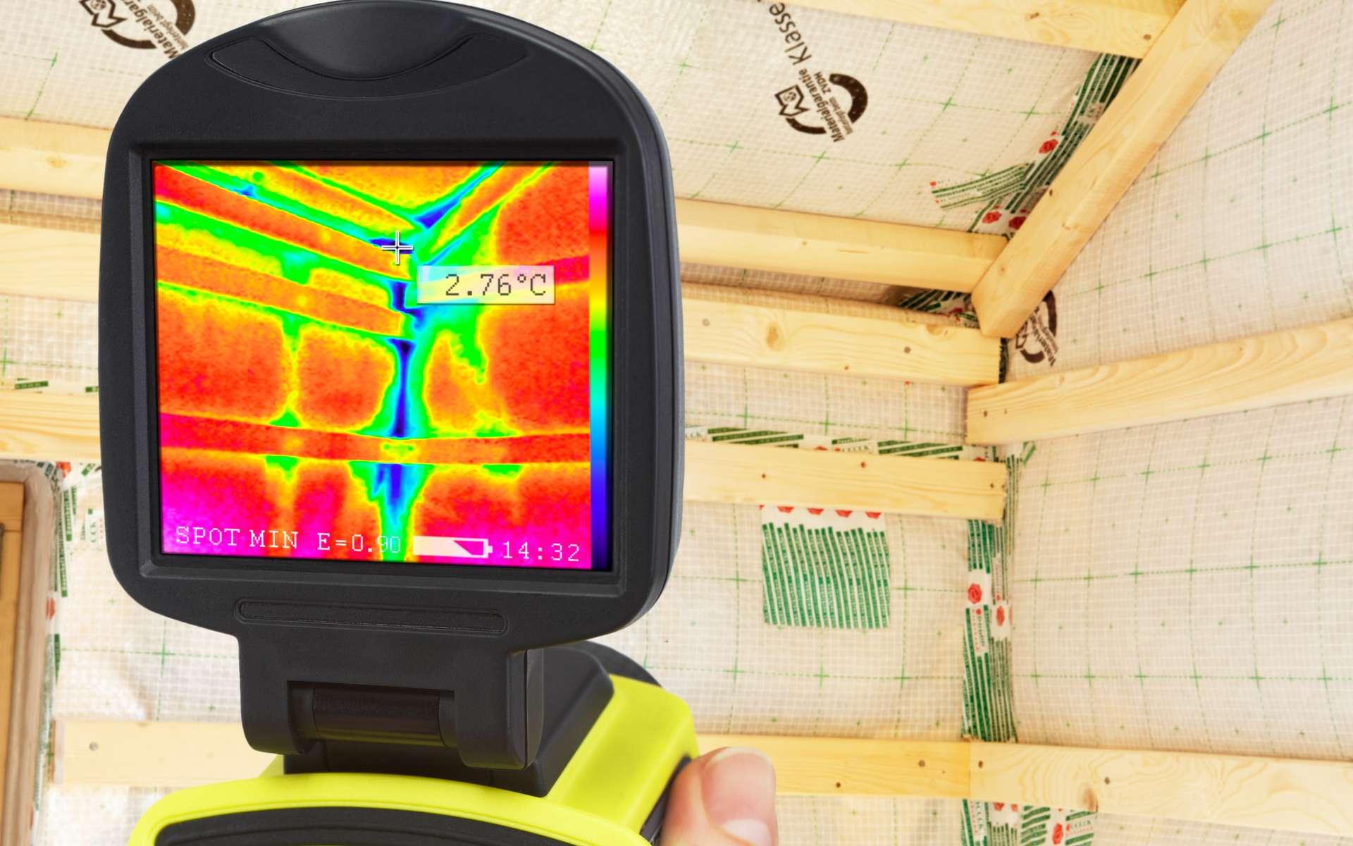 Pour détecter avec précision un pont thermique, il est possible d'utiliser une caméra thermique. Toutefois, il est conseillé de faire appel à un professionnel pour le traiter efficacement. © Ingo Bartussek, Adobe Stock