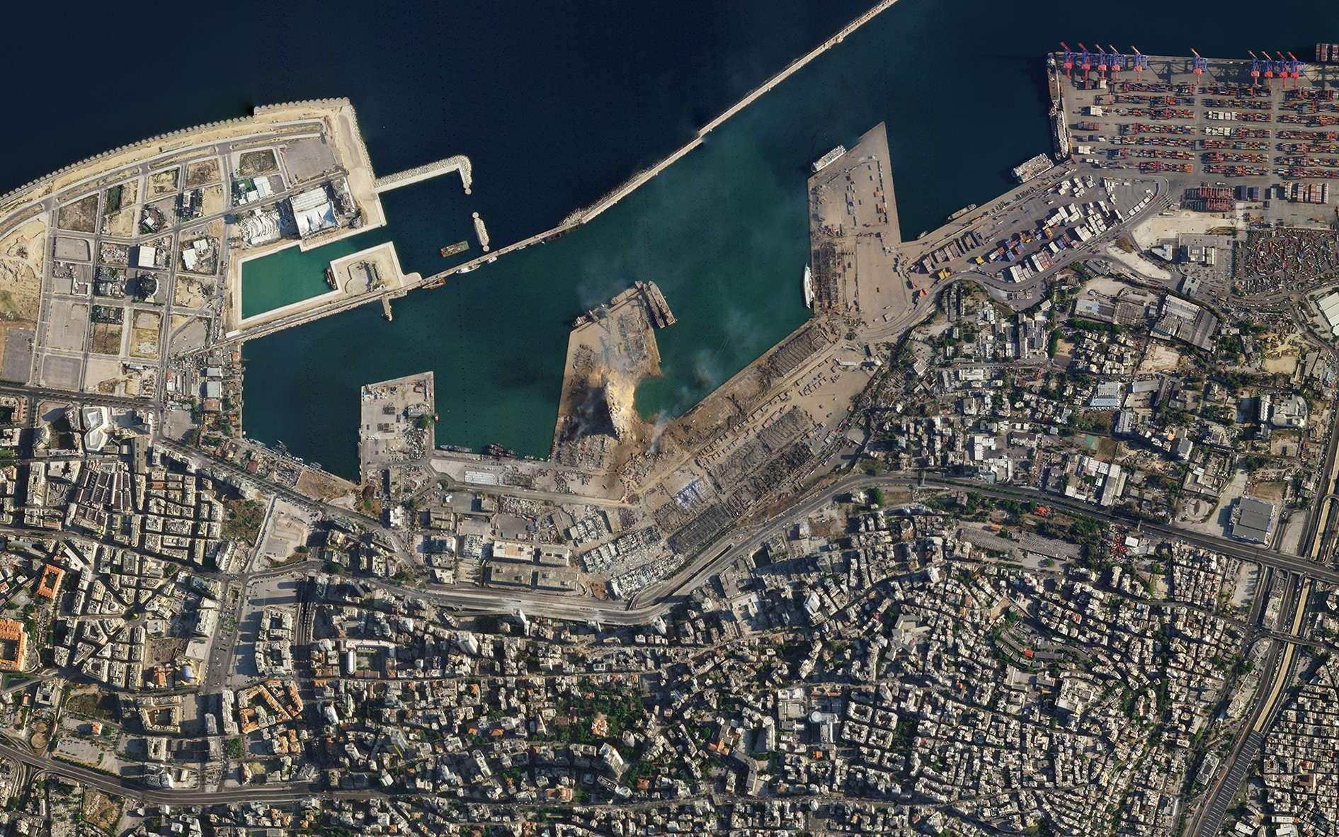 Le port de Beyrouth après l'explosion survenue le 4 août 2020. © 2020 Planet Labs, Inc