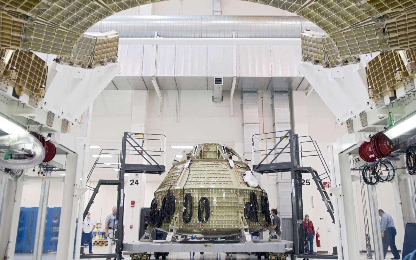 Le futur véhicule d'exploration de la Nasa prend forme. Si son premier vol d'essai, prévu en septembre 2014, se fera sans équipage, la Nasa projette de lancer une mission habitée fin 2017. © Nasa