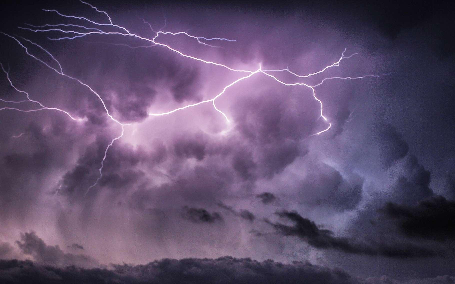 Pour la première fois en 2016, l'Organisation météorologique mondiale a archivé des données concernant les éclairs les plus longs, en distance et en temps, enregistrés sur Terre. © Jeannot Doe, Flickr, CC by-NC-ND 2.0
