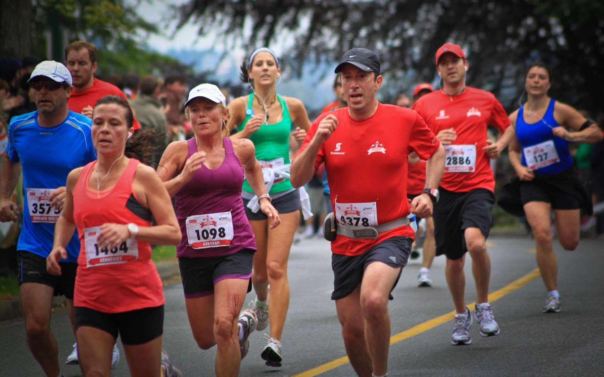 Même les meilleurs athlètes du monde ne peuvent pas franchir une certaine capacité d'endurance. © Jay Siggers, Flickr