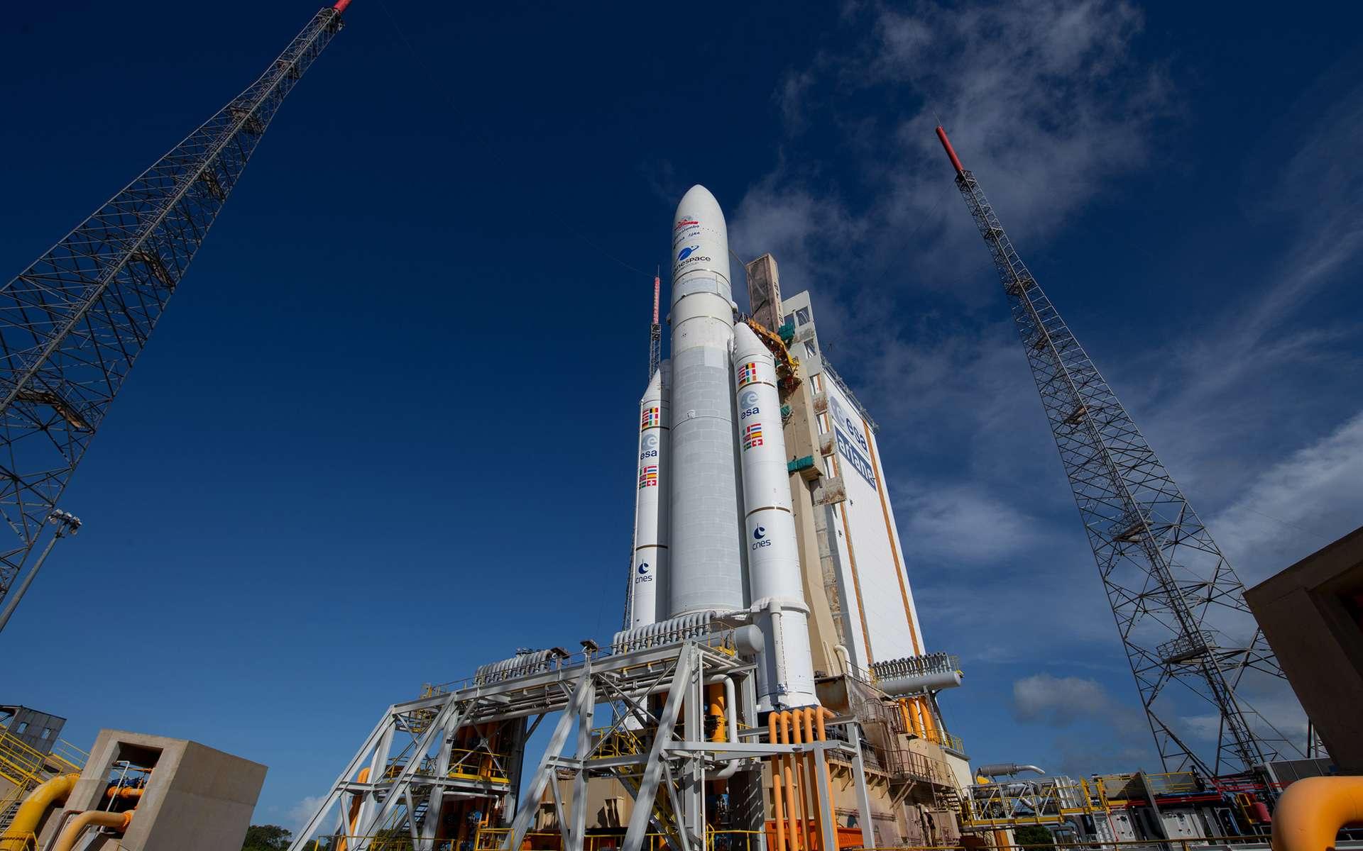 Ariane 5, sur son pas de tir du Centre spatial guyanais, avec à son bord le satellite BepiColombo de l'Agence spatiale européenne. © ESA, S. Corvaja