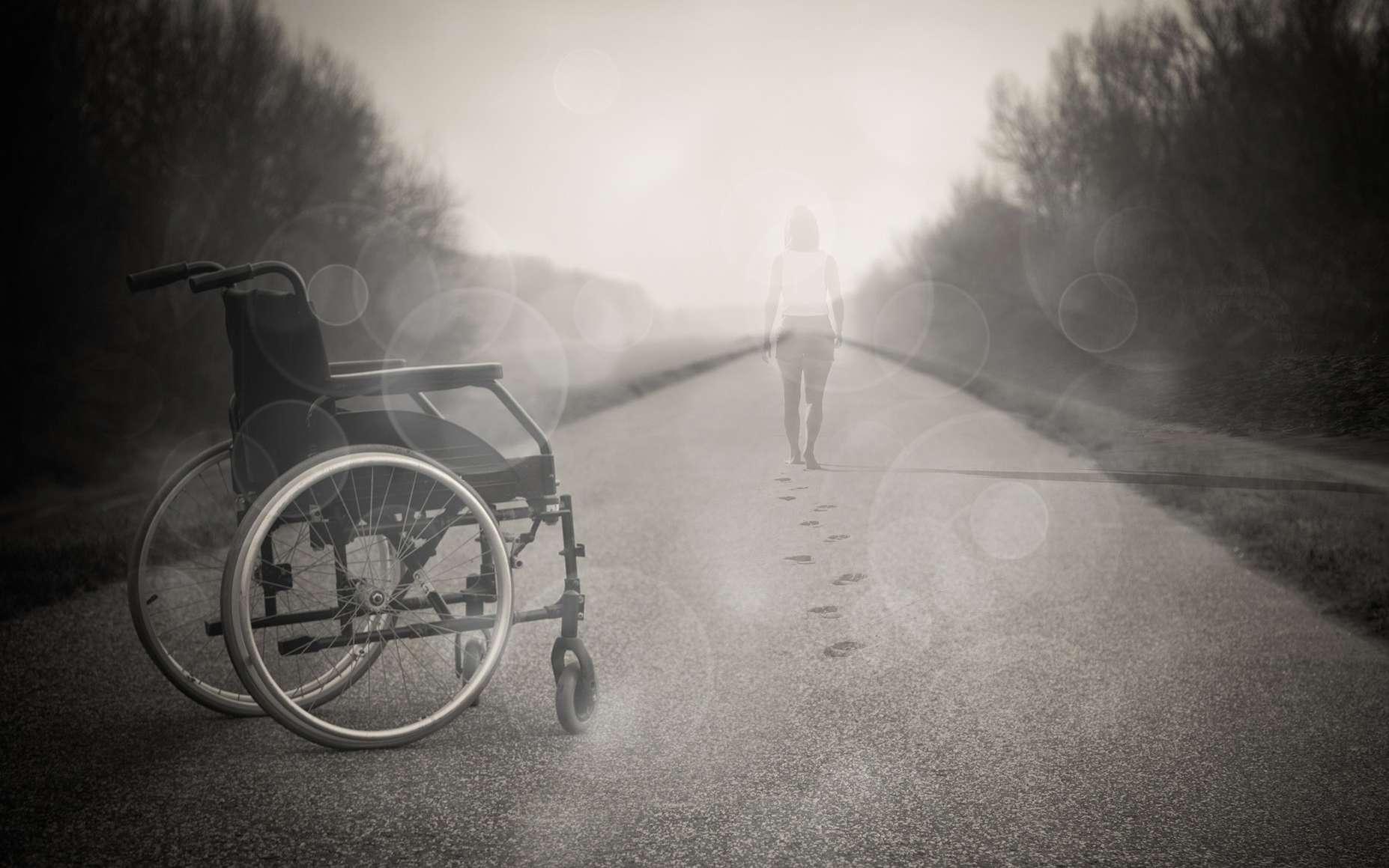 Sclérose en plaques : une maladie qui peut mener au handicap © Pixabey, Reidy68