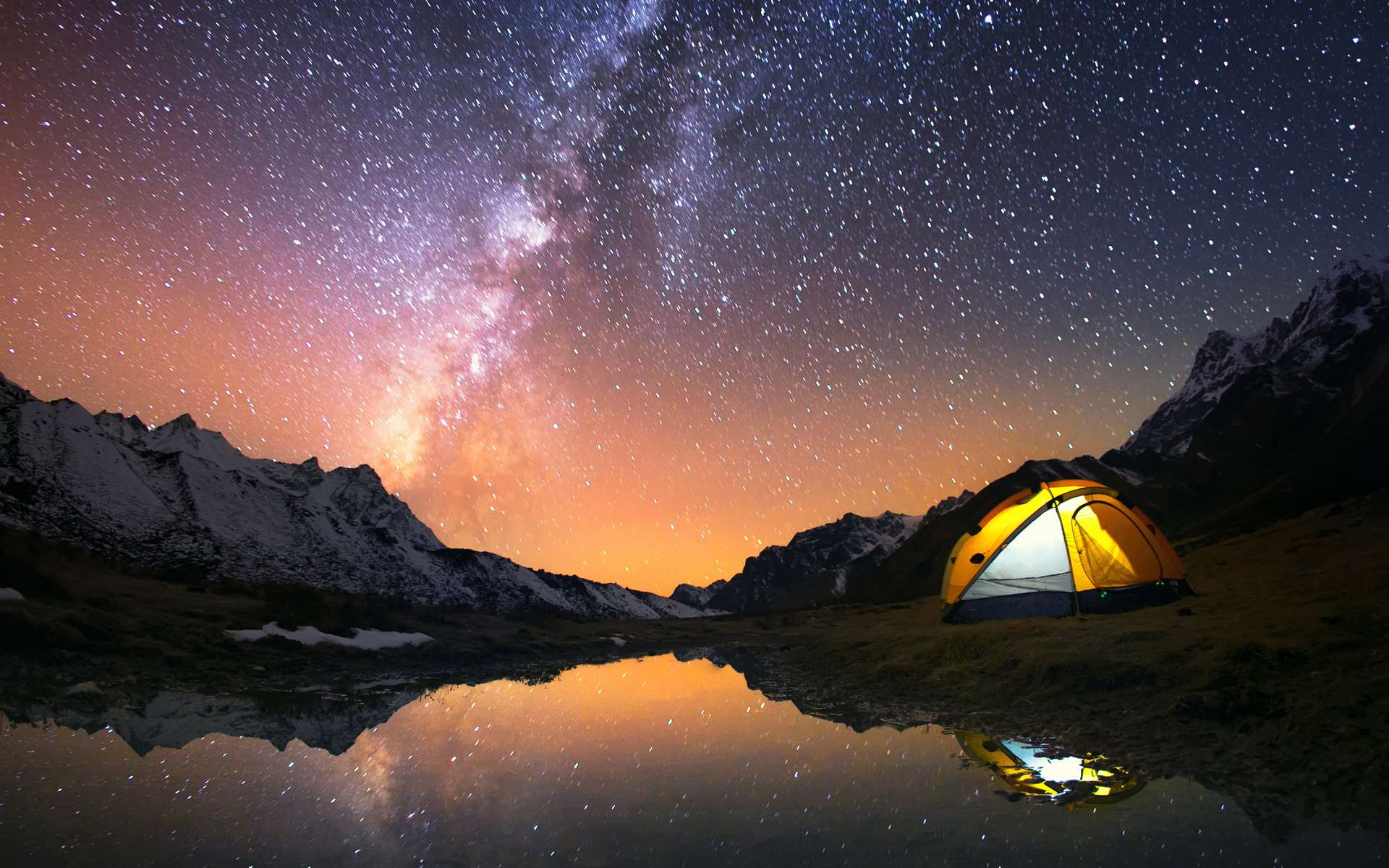 La Voie lactée dans le ciel d'été. © Jankovoy, Adobe Stock