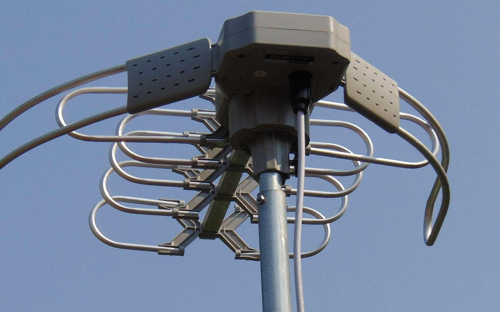 Qu'est ce qu'une bande UHF ? © TryJimmy, Pixabay
