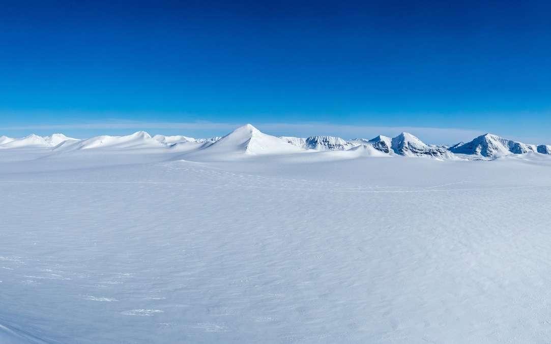 L'endroit le plus froid sur Terre se trouve en Antarctique. En photo, paysage arctique. © KrisGrabiec, Fotolia