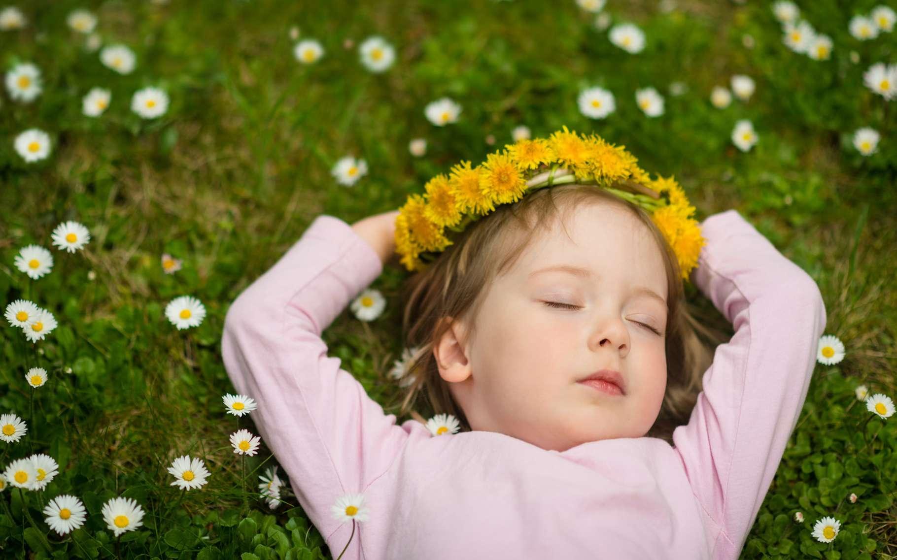 Un bon sommeil permettrait de mieux contrôler ses apports alimentaires. © Martinan, Fotolia