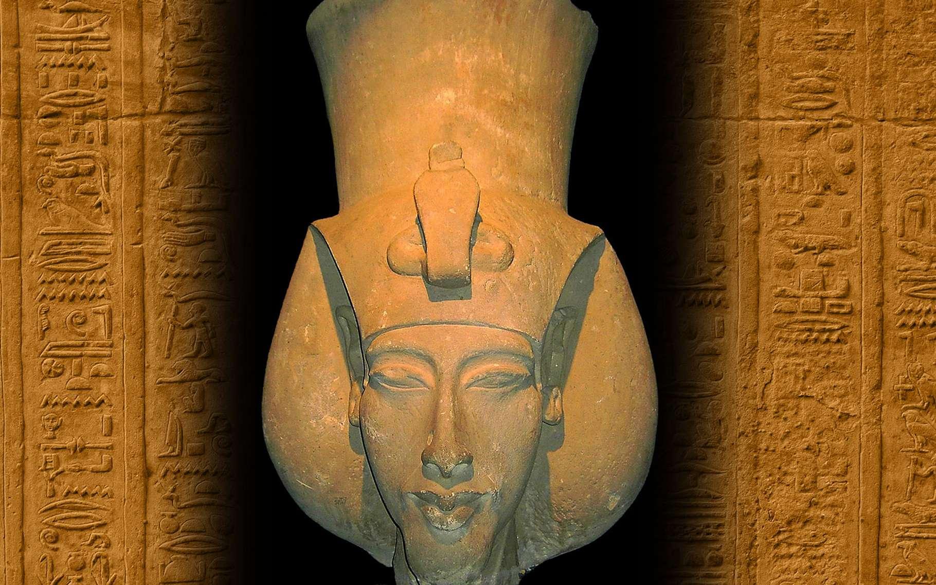 Le pharaon Akhenaton, fils d'Amenophis III, a voulu imposer le culte d'un dieu unique, Aton. © DR