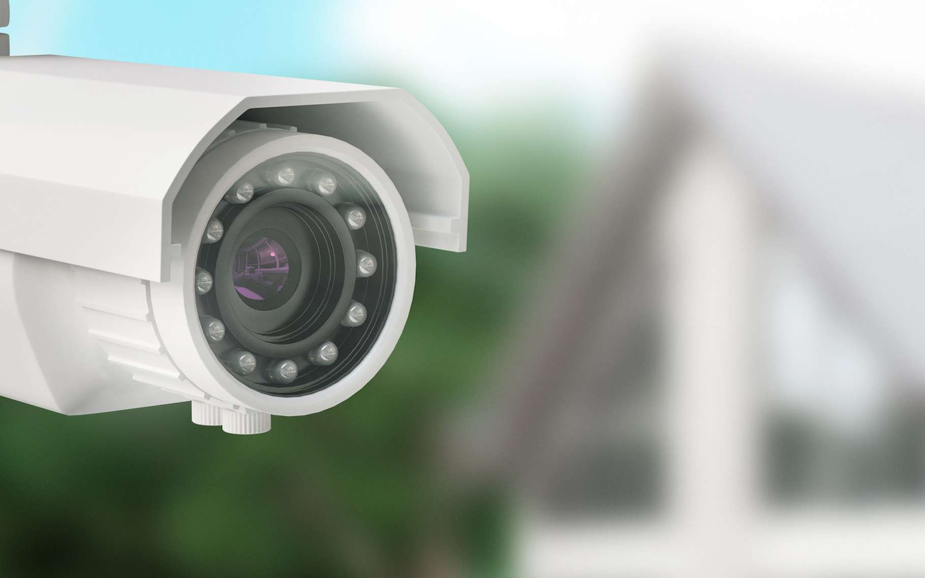 Les caméras de surveillance coûtent désormais quelques dizaines d'euros et peuvent être visionnées via une simple application pour mobile. Mais, attention, on ne peut pas faire n'importe quoi avec. © AldacaStudio, Fotolia