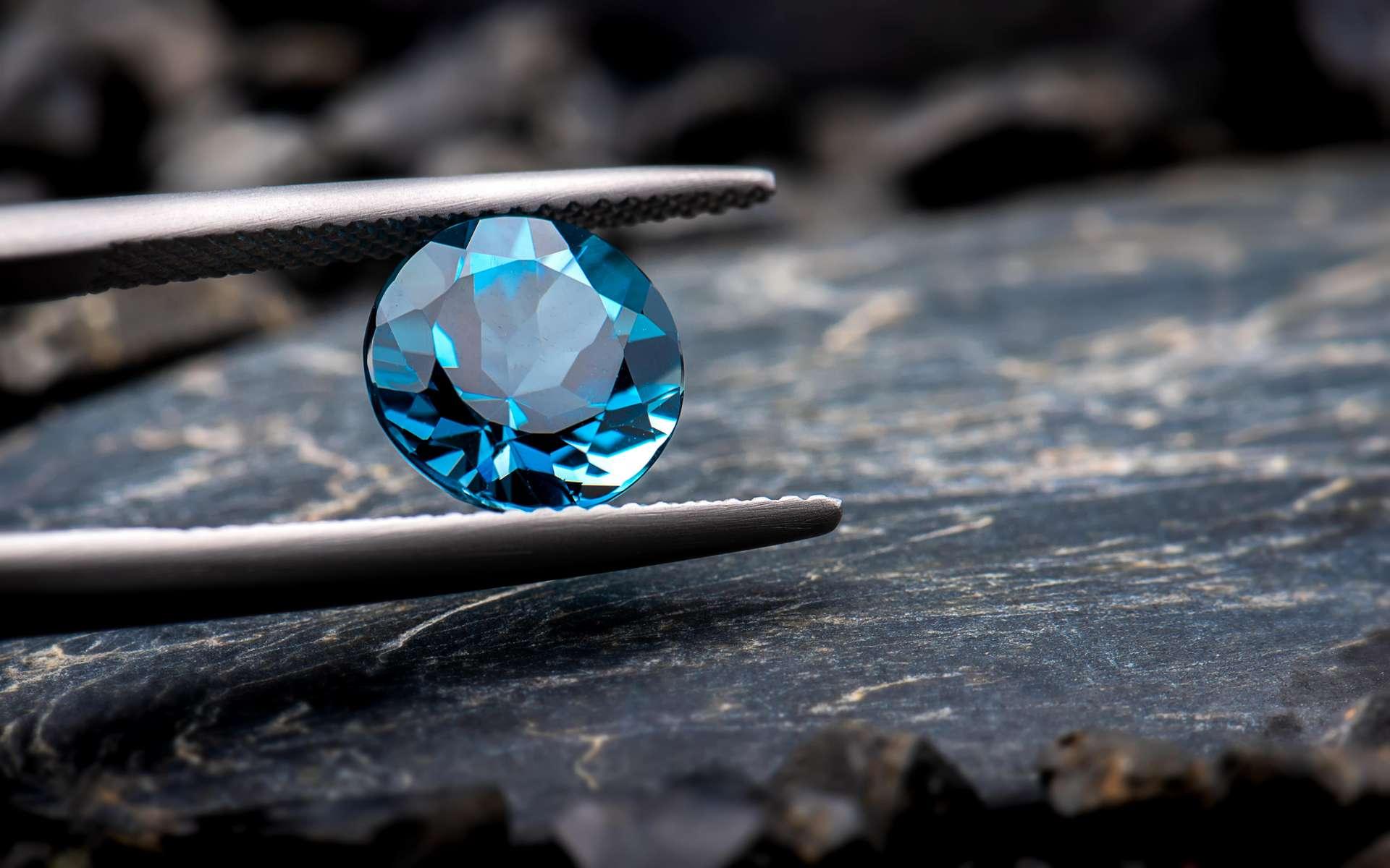 Le diamant bleu de Louis XIV a pu renaître grâce à la science. © NPD stock, Adobe Stock