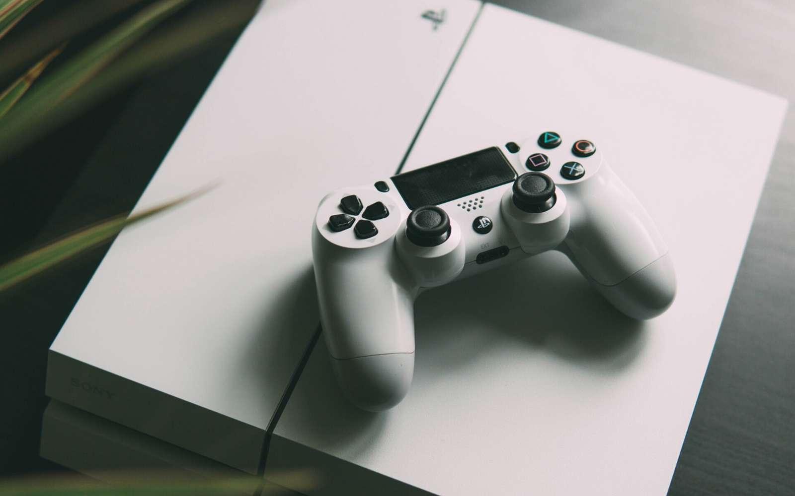Les PS4 Slim et PS4 Pro voient chaque année leur prix baisser en fin d'année. © Unsplash