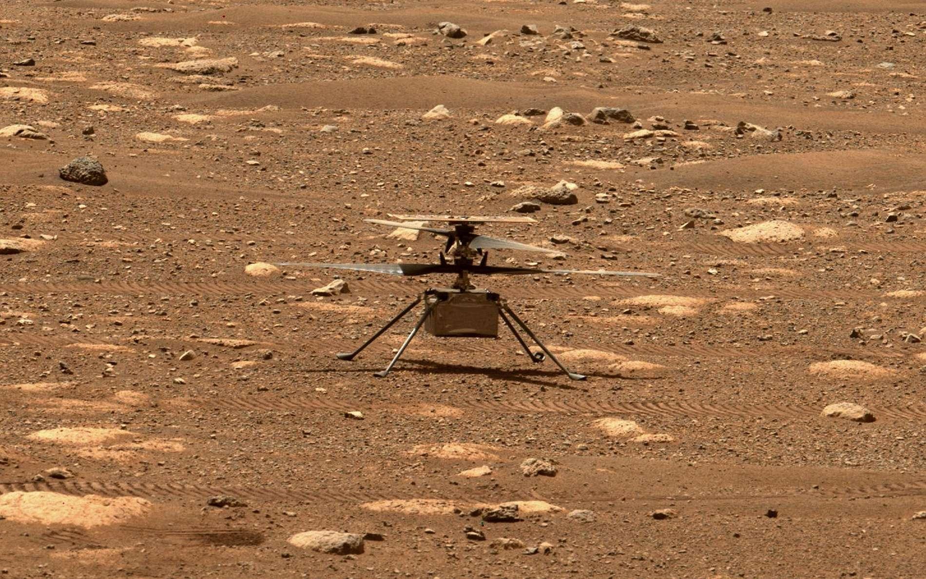 Ingenuity avec ses pales déployées photographié avec la Mastcam-Z de Perseverance. © Nasa, JPL-Caltech, ASU