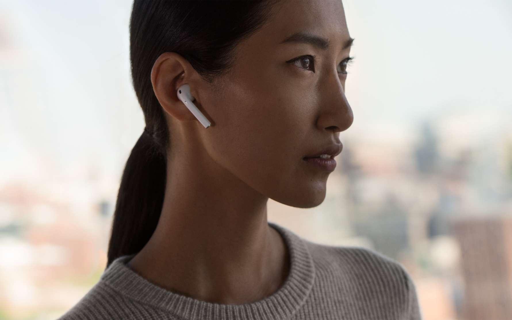 Pratiques, esthétiques et sans fil : Apple AirPods. © Apple