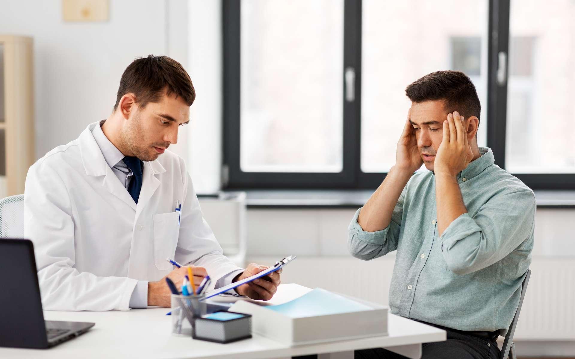 Quelque 80 % des malades hospitalisés pour la Covid-19 présentent des manifestations neurologiques, céphalées, anosmie, agueusie. © Syda Productions, Adobe Stock