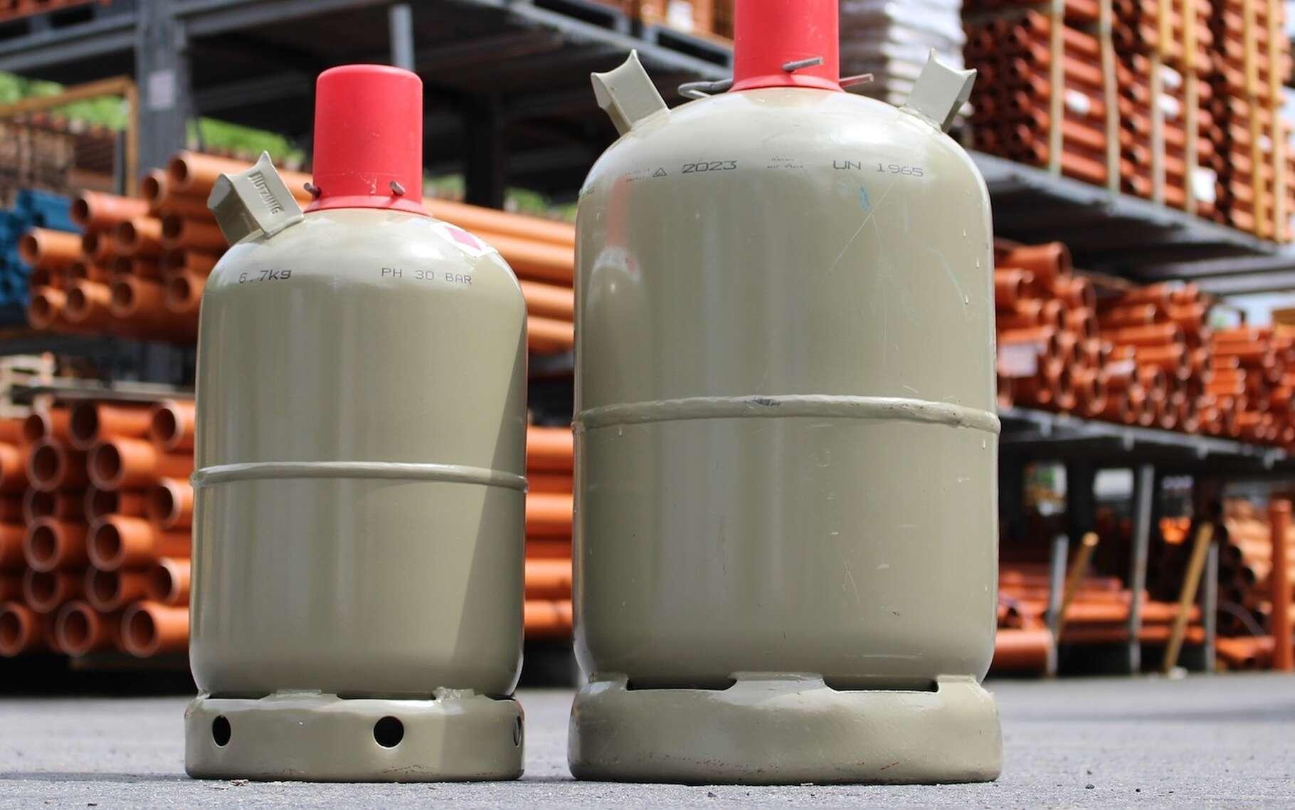 Butane et propane sont des gaz combustibles vendus sous forme liquéfiée, notamment en bouteilles. © flyerwerk, Pixabay, DP