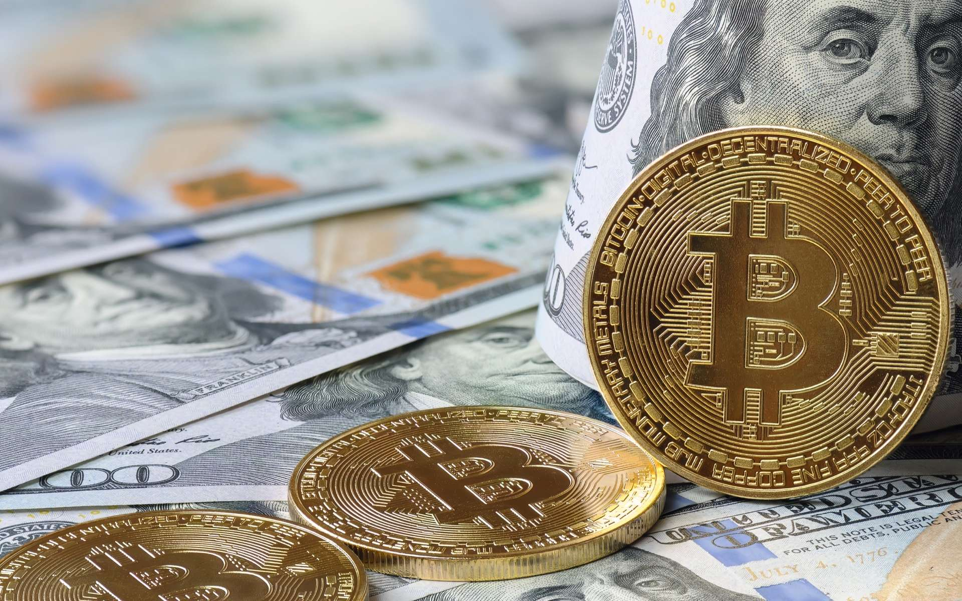 Aux côtés du dollar, le Bitcoin devient la monnaie officielle du Salvador. © Stanislav Palamar, Adobe Stock