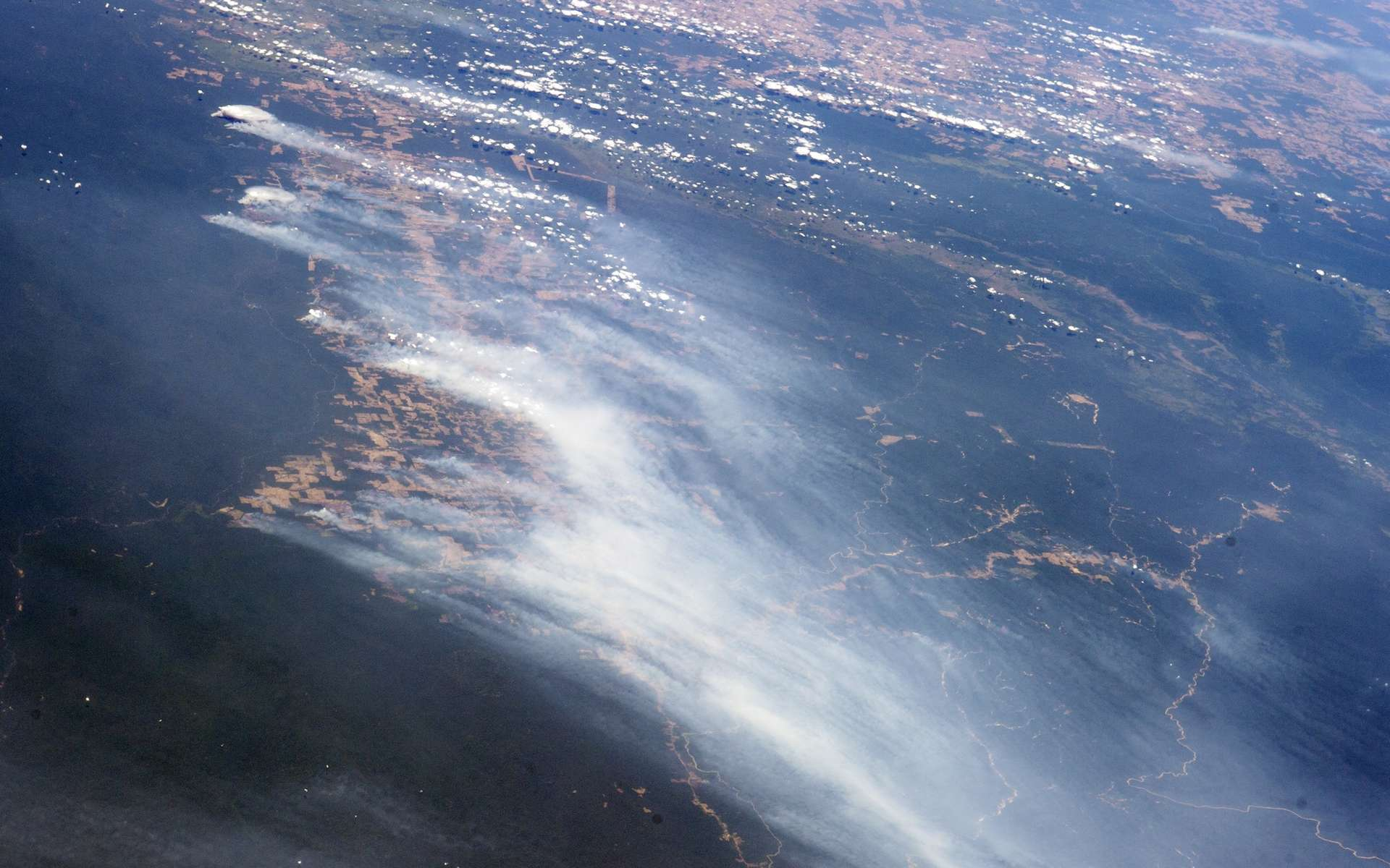 Incendies dans la région du Mato Grosso au Brésil, photographiés le 19 août 2014 depuis la Station spatiale internationale (ISS). © Nasa