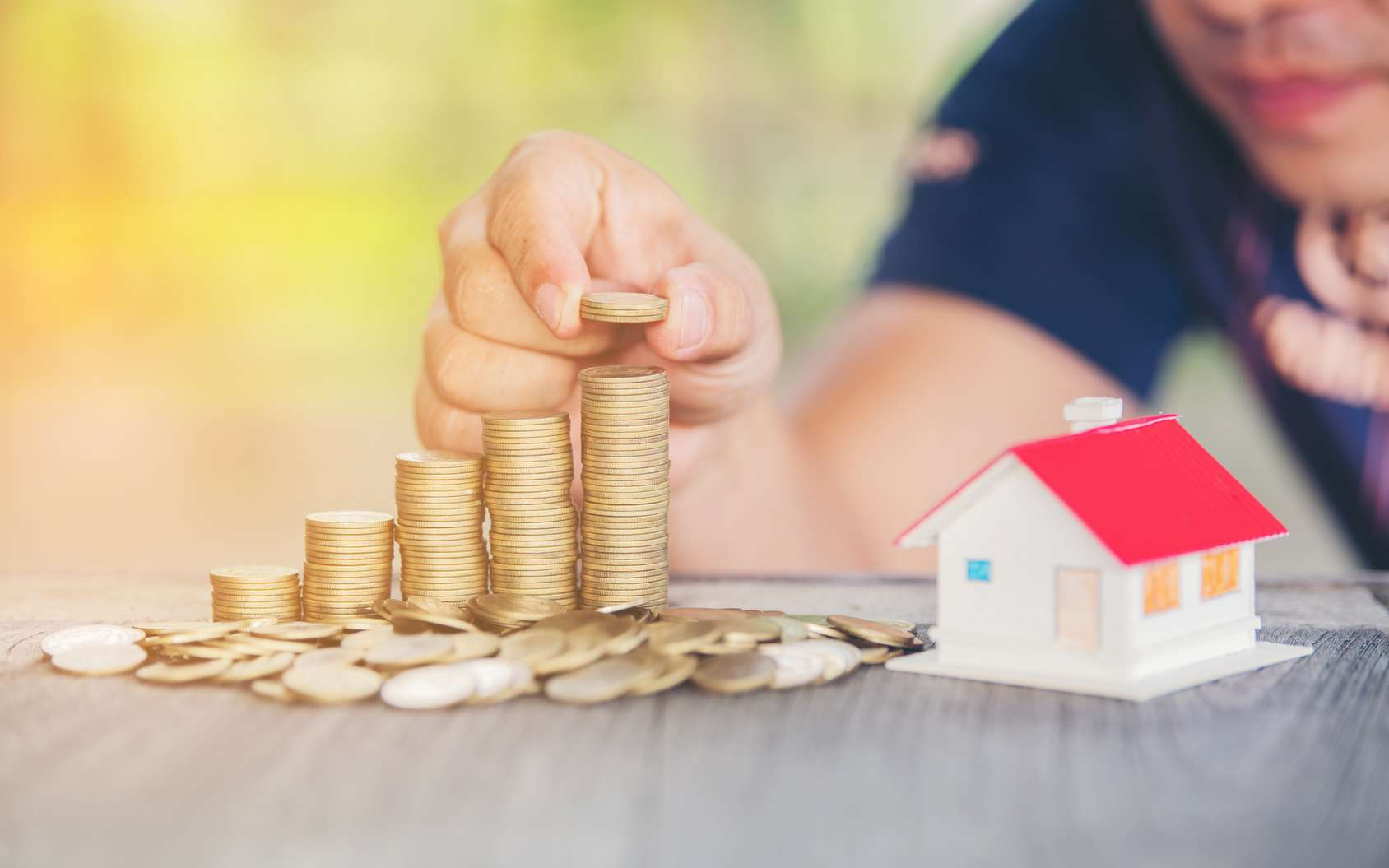Épargner avec le compte épargne logement. © Ekkapon, Fotolia