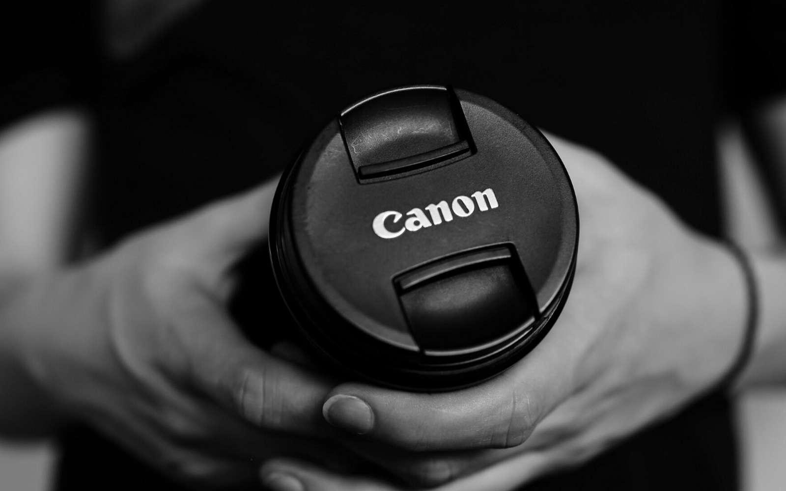 Du 25 novembre au 2 décembre, Canon propose des réductions spéciales à l'occasion du Black Friday 2019. © Canon