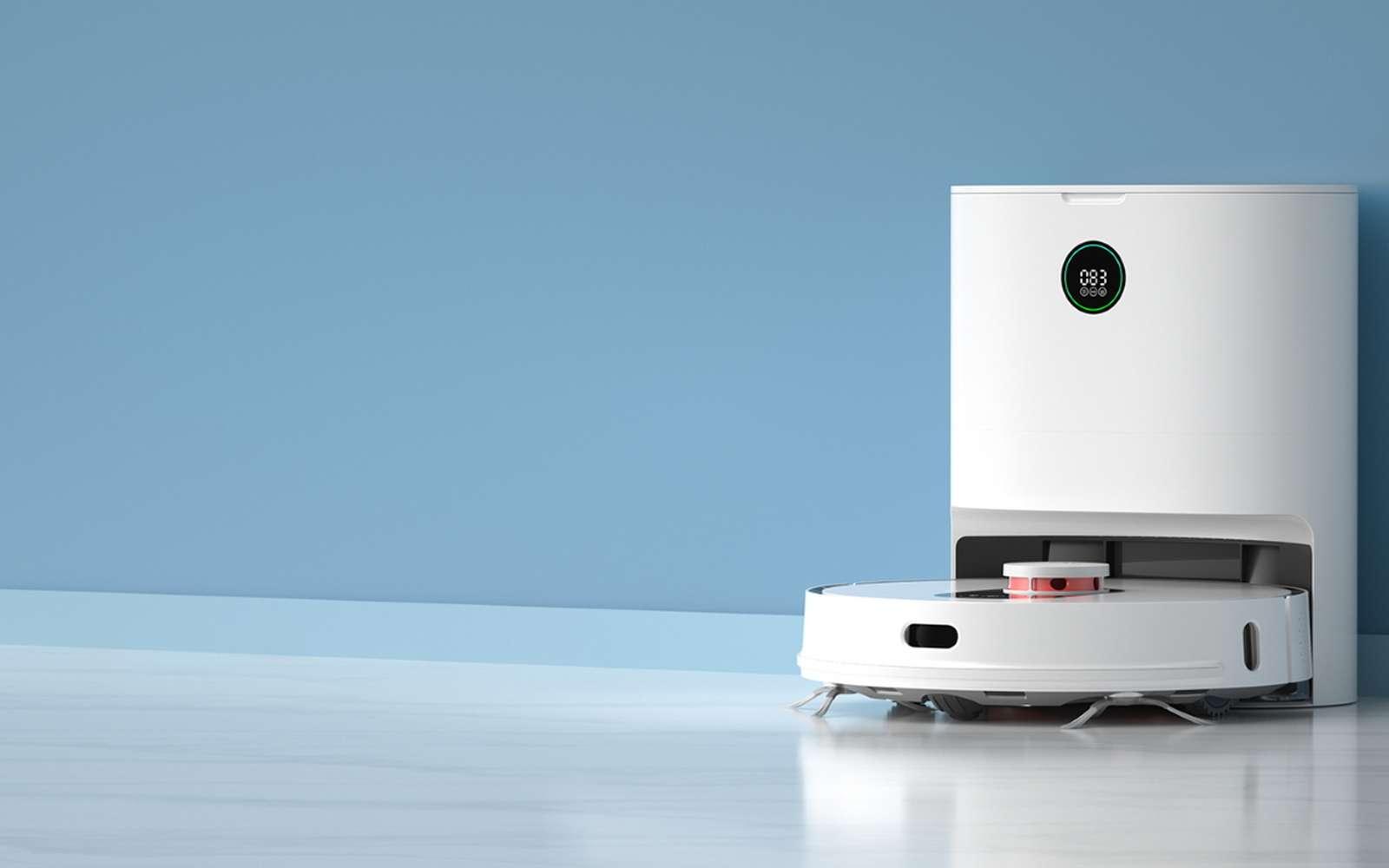 L'aspirateur intelligent dispose d'une station pour vidanger son réservoir automatiquement. C'est aussi cette base qui lui permet de se recharger. © Roidmi