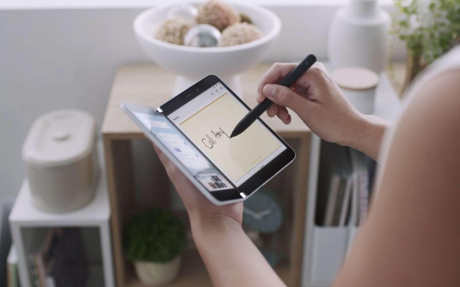 Le Surface Duo, premier smartphone Android de Microsoft, pourrait sortir bien avant la fin de l'année © Microsoft