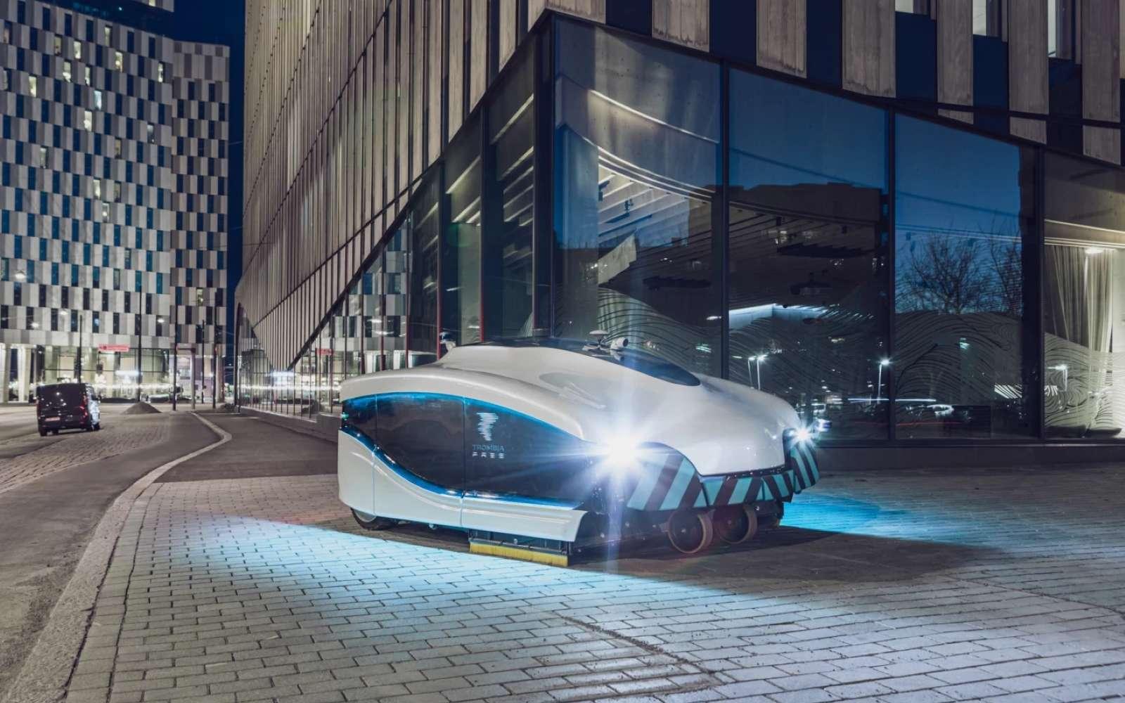 Cet aspirateur géant autonome électrique pourrait remplacer avantageusement les véhicules de nettoyage urbains. © Trombia Technologies