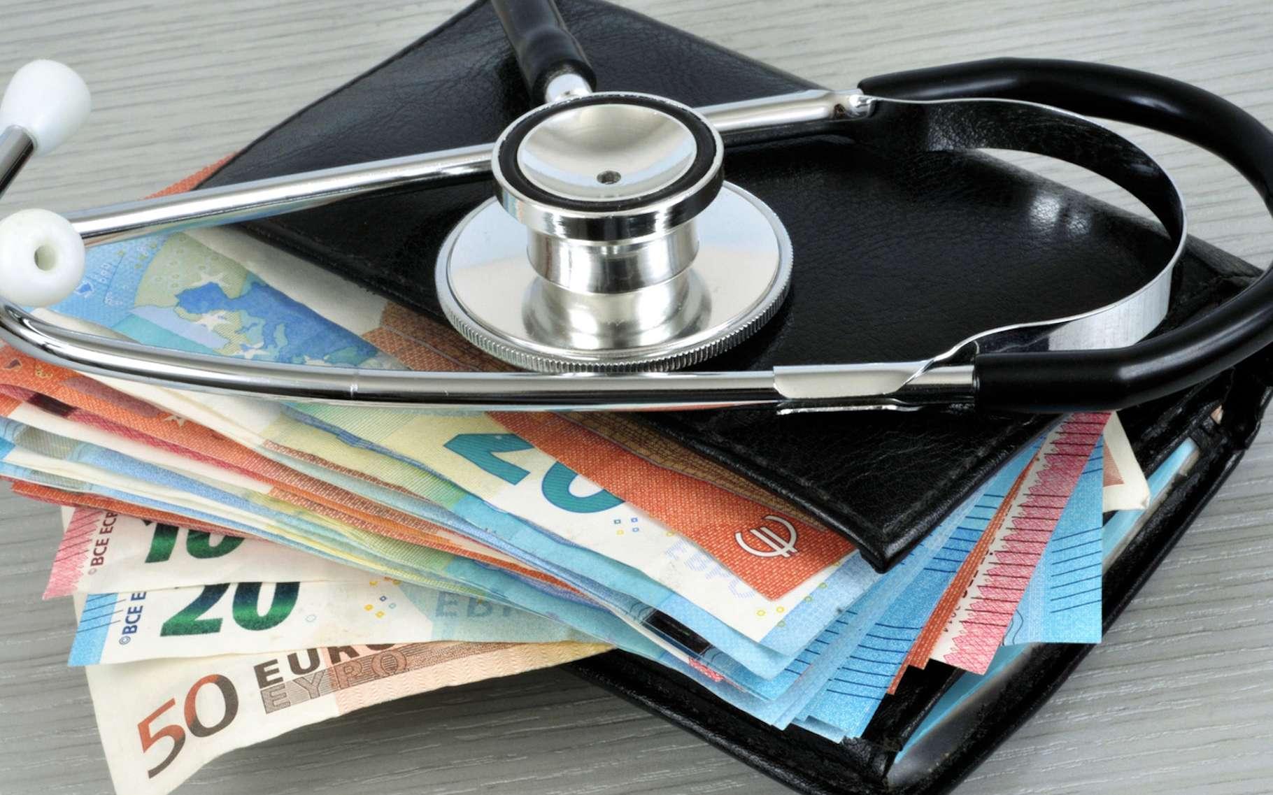 La santé a un prix et pour ceux qui peinent à s'offrir une mutuelle santé, une Aide au paiement d'une complémentaire santé peut-être demandée. © Richard Villalon, Fotolia