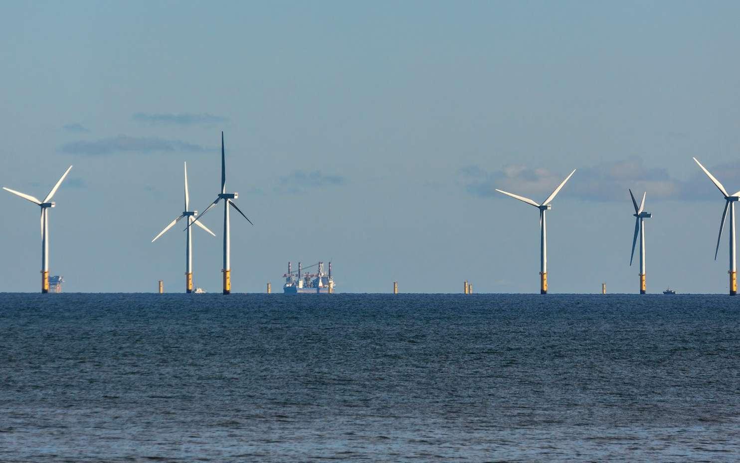 Des éoliennes offshore au pays de Galles. © philipbird123, Fotolia