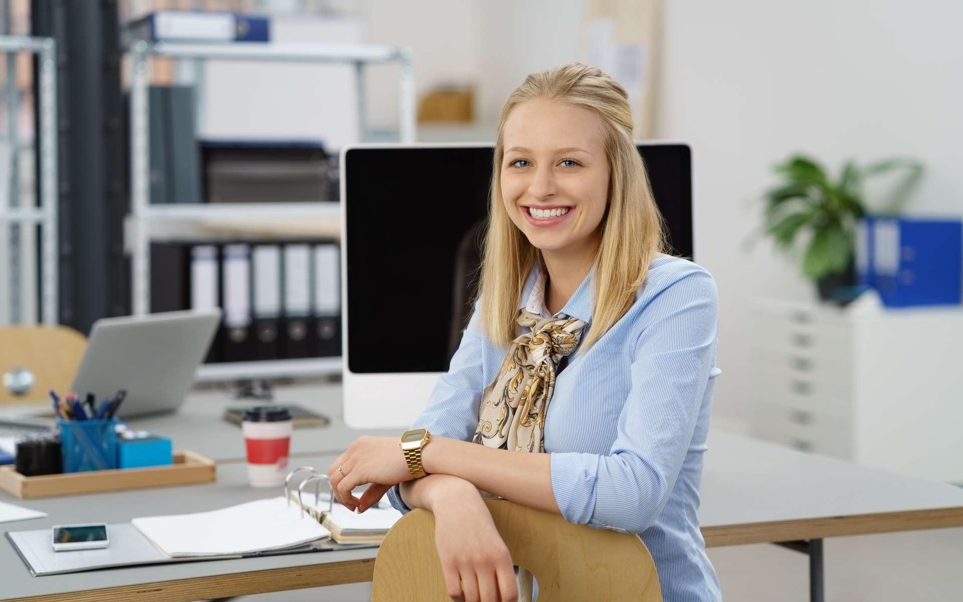 Considérés comme des salariés à part entière, les apprentis en alternance acquièrent une véritable expérience professionnelle. © contrastwerkstatt, Adobe Stock.