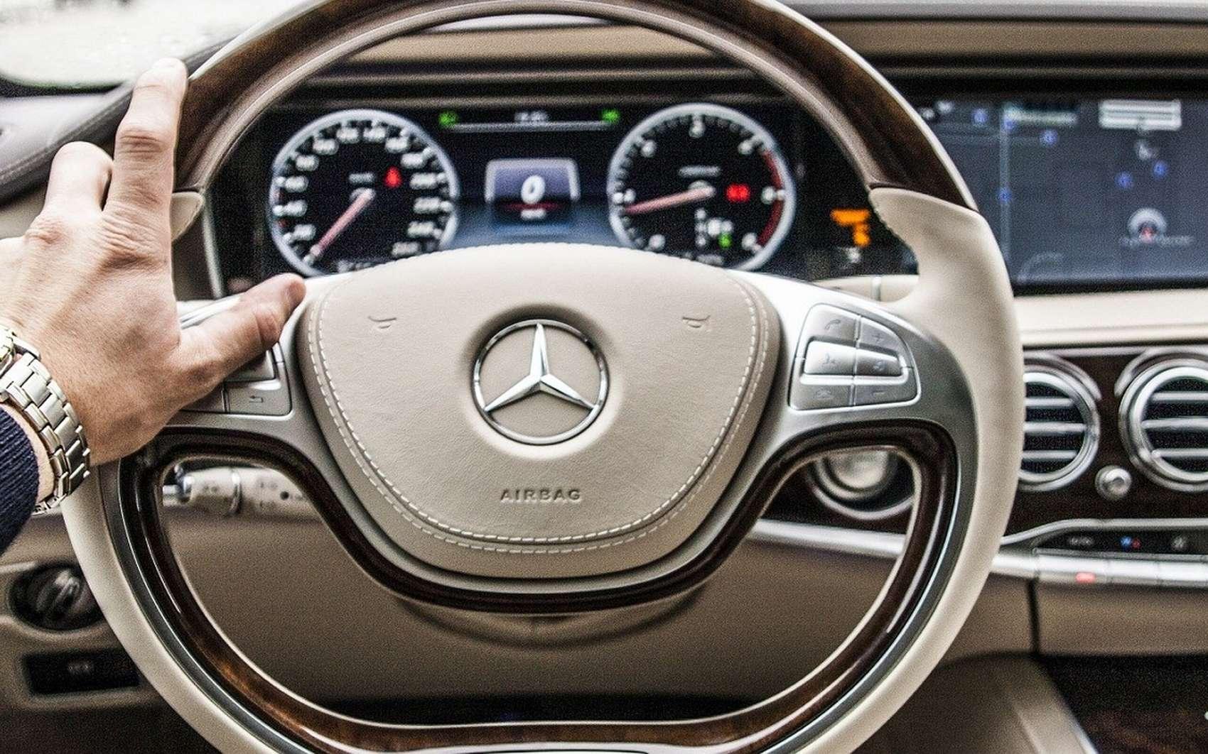Comment acheter une voiture d'occasion ? @ Free-Photos, Pixabay