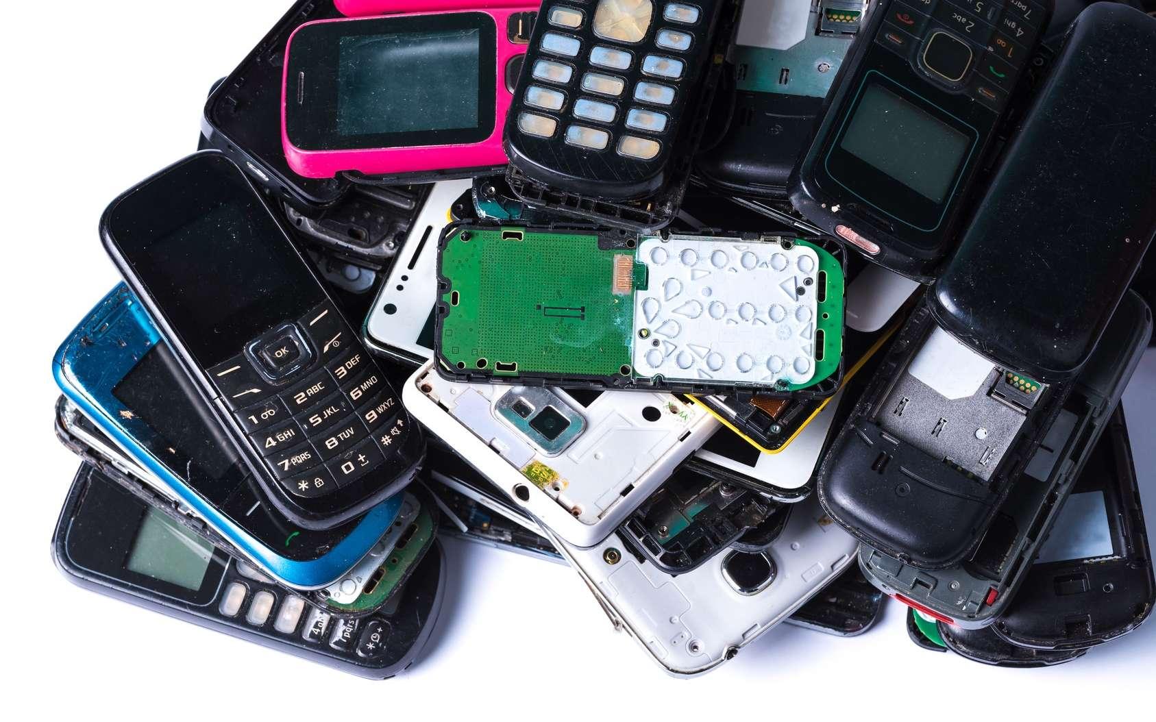 Les déchets technologiques non-recyclés font partie de la technosphère. © aryfahmed, Fotolia
