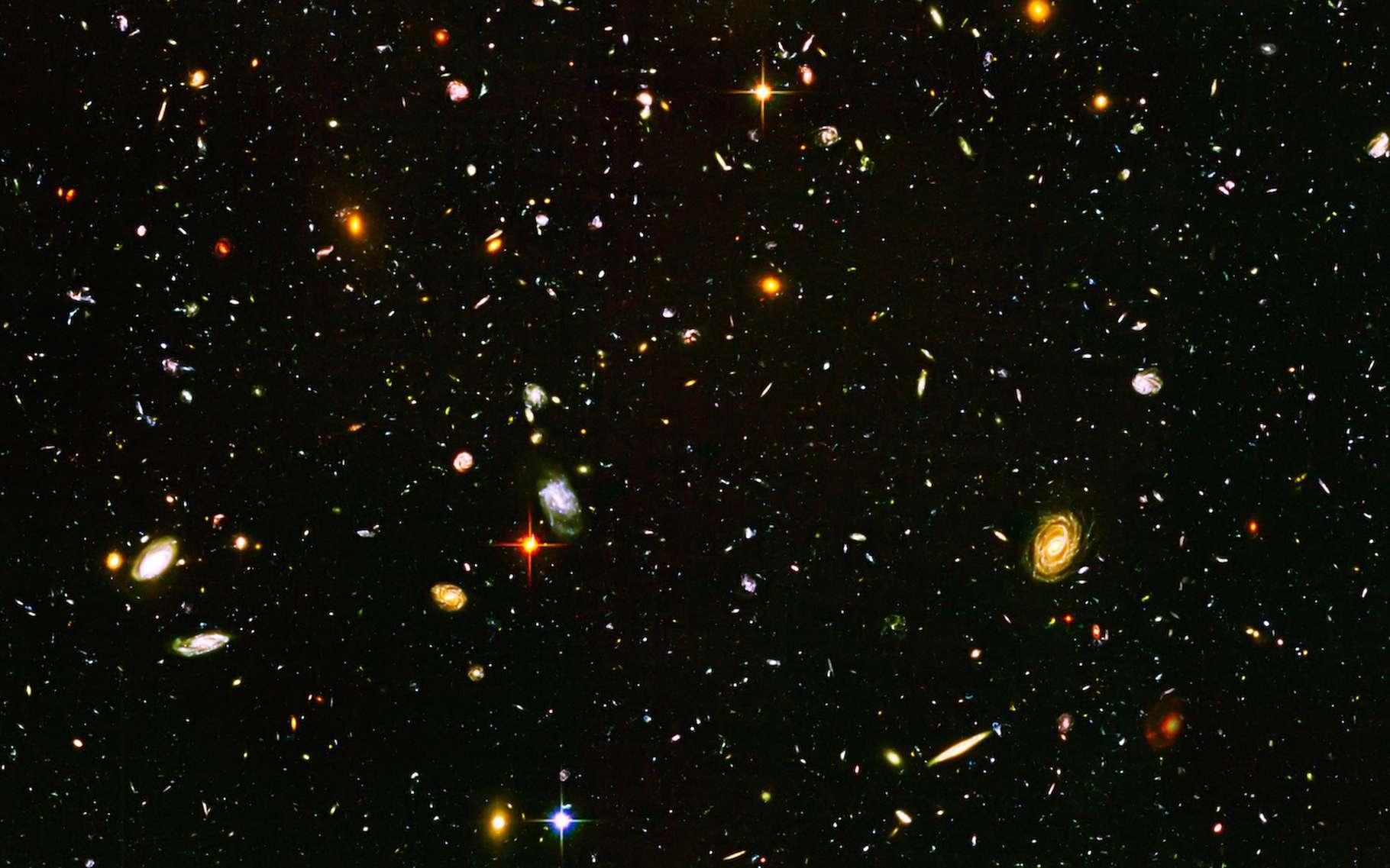 Des astronomes de l'université du Lancashire central (Royaume-Uni) annoncent avoir observé un « Arc géant » de 3,3 milliards d'années-lumière de long. Une structure tellement immense qu'elle pourrait ébranler le principe cosmologique. © allexxandarx, Adobe Stock
