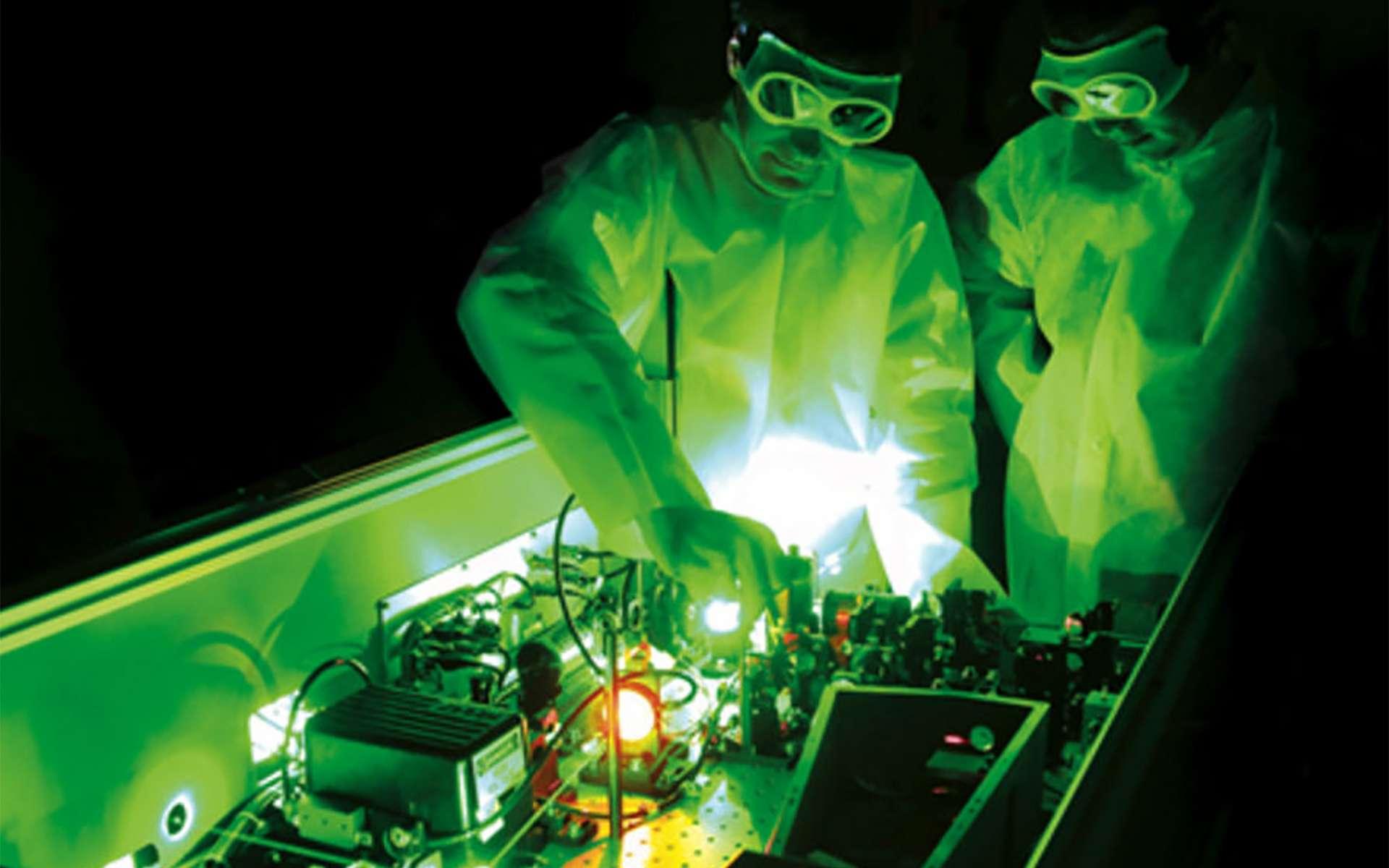 Vue d'artiste du futur site du laser le plus puissant au monde (de 2x10 pétawatts, soit 20 millions de milliards de watts) sur le site d'ELI-NP, en Roumanie. © Thales, IFIN-HH