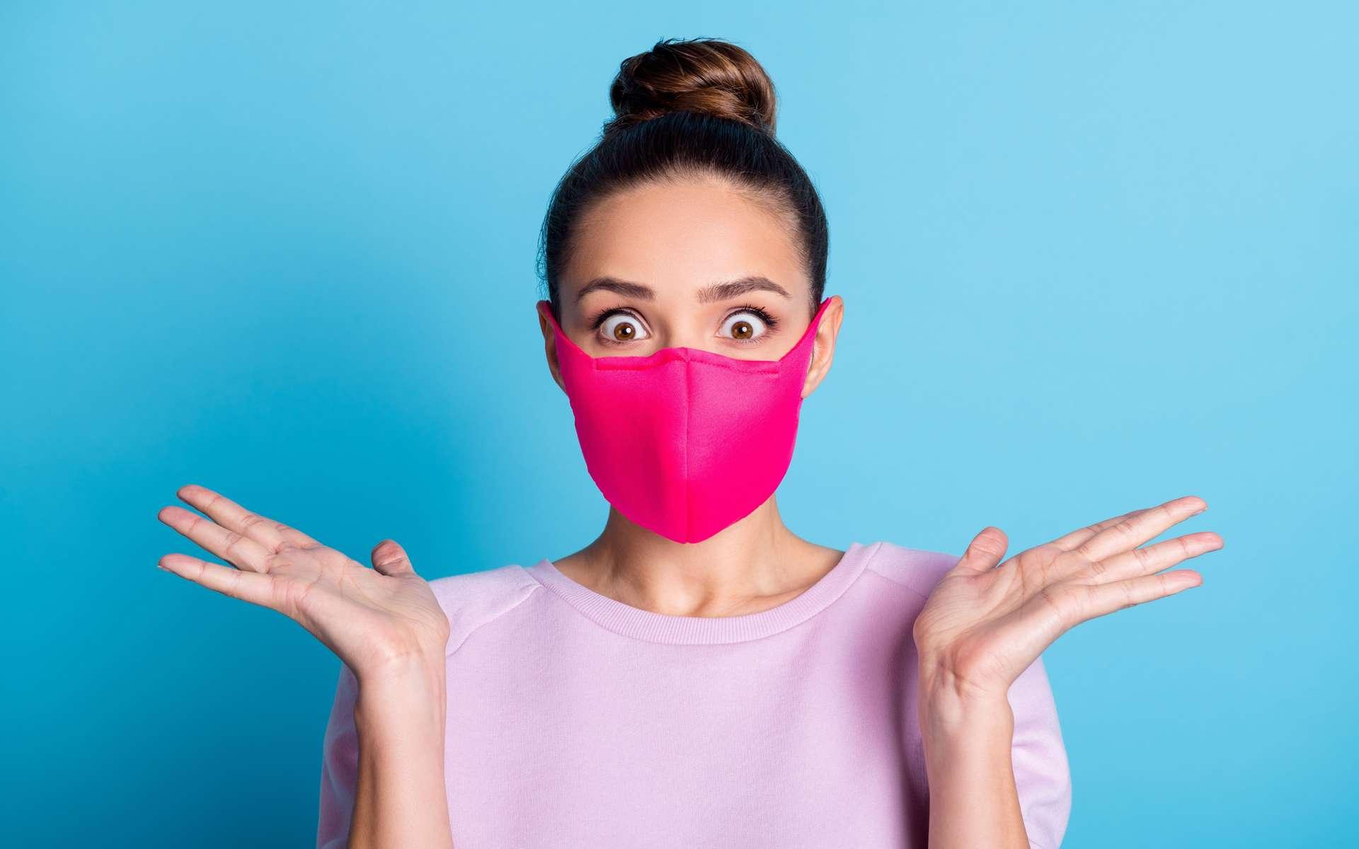 Théorie : et si les masques protégeaient aussi leurs porteurs ? © Deagreez, Adobe Stock