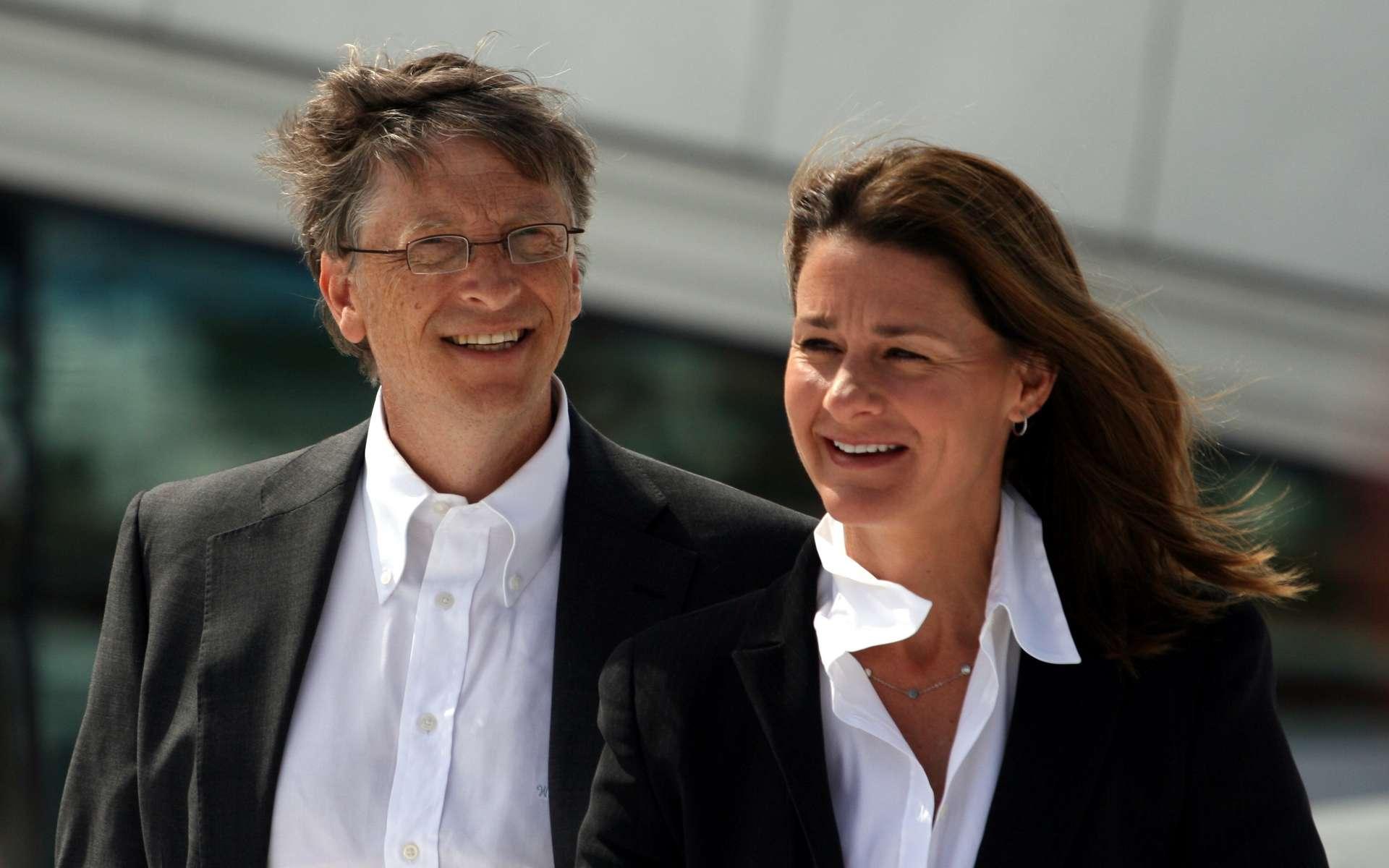 Warren Buffett, Bill Gates et sa femme Melinda sont les premiers et les plus gros donateurs de Giving Pledge. © Kjetil Ree, CC-by-sa