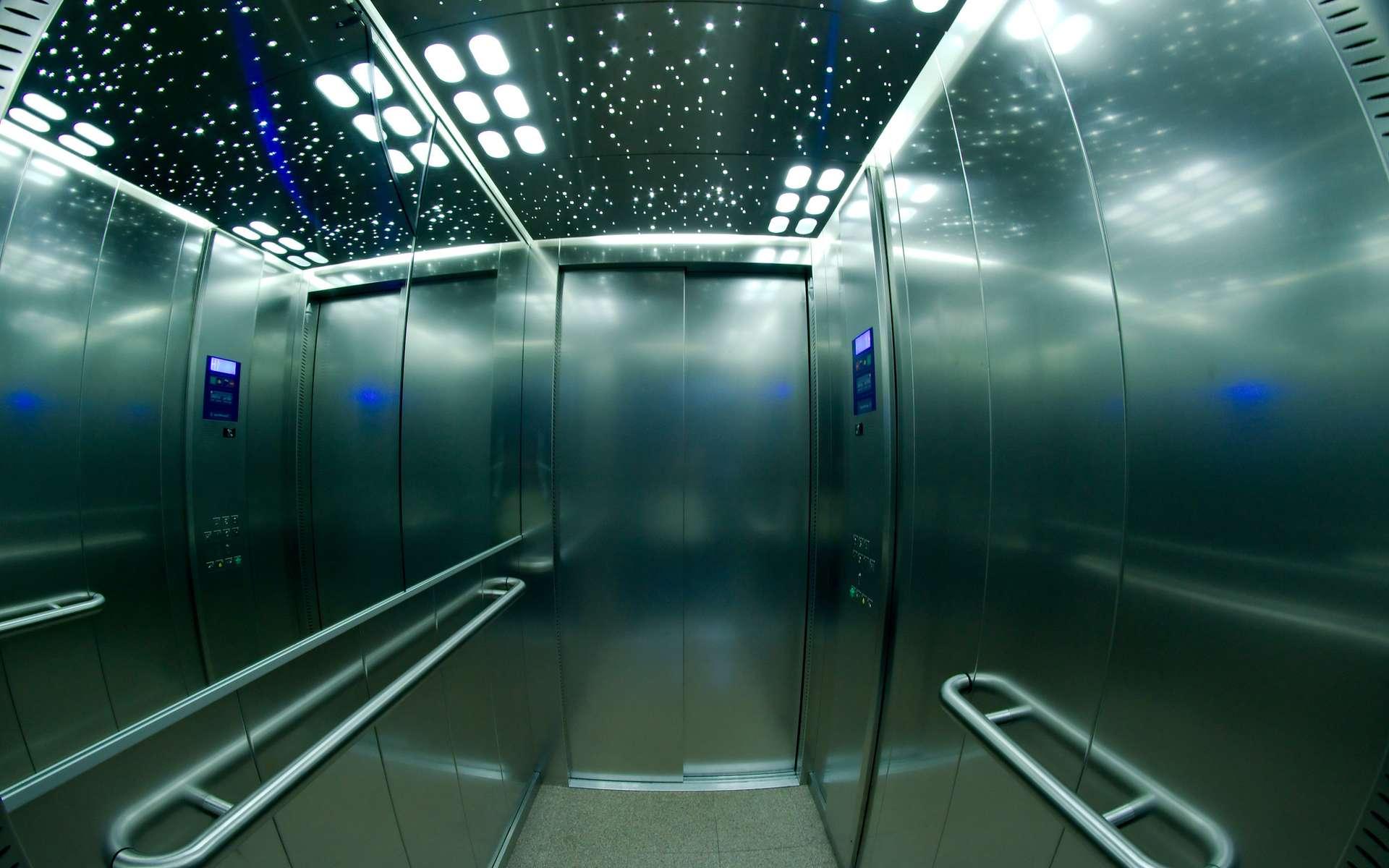 La limite de vitesse des ascenseurs n'est pas fixée par la technologie, mais par la physiologie humaine. © Frédéric BISSON, Flickr, CC by 2.0