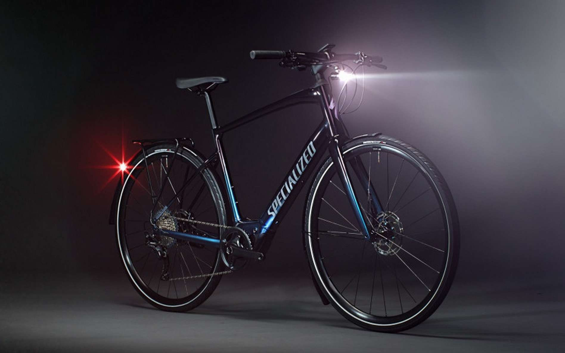 Le Specialized Vado SL se veut facile à transporter. © Specialized